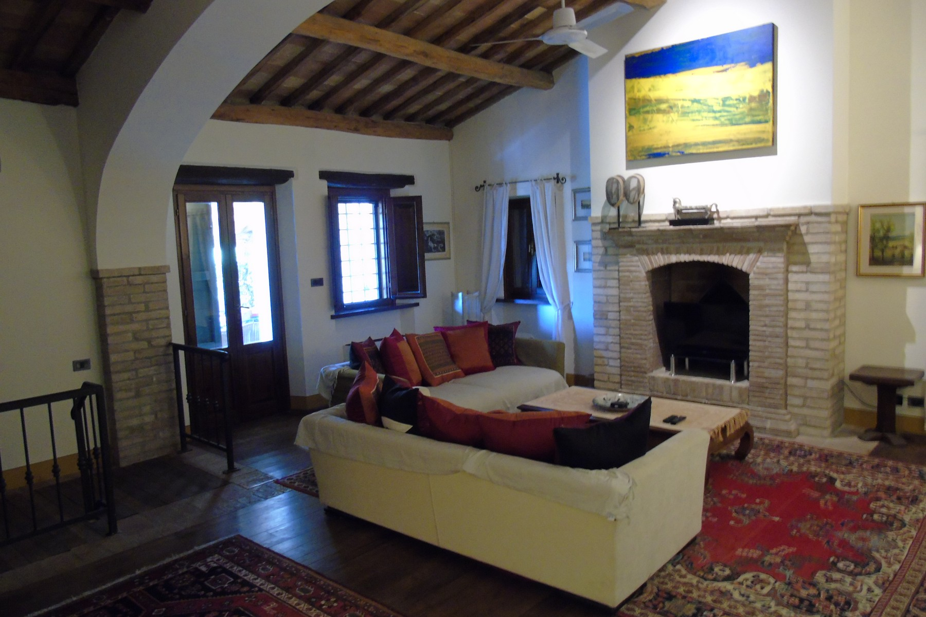 Additional photo for property listing at Lovely farmhouse with panaromic views of Assisi Via dei Colli Bettona Perugia, Perugia 06084 Italy