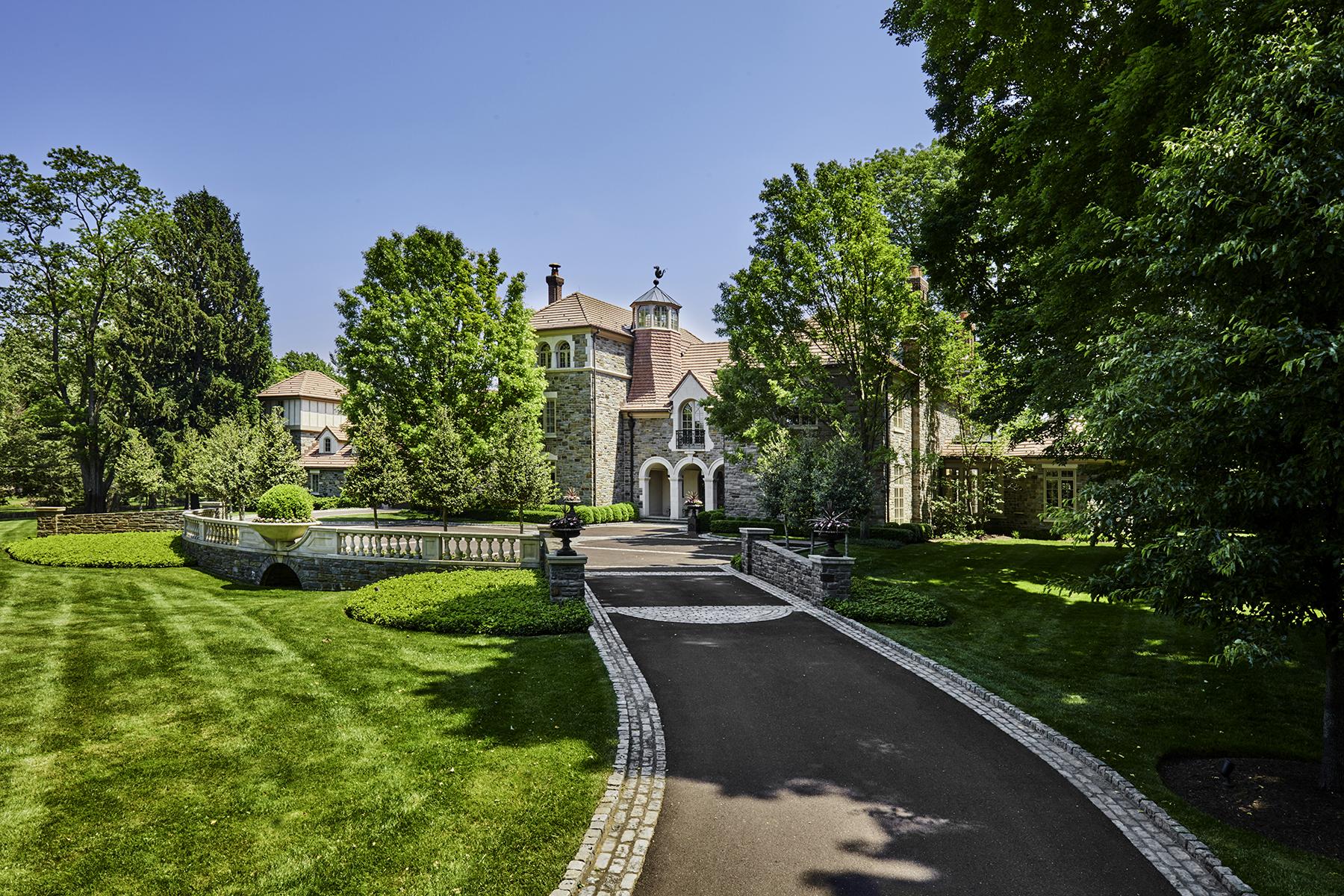 Nhà ở một gia đình vì Bán tại Main Line Mansion 733 N. Spring Mill Road Villanova, Pennsylvania, 19085 Hoa Kỳ