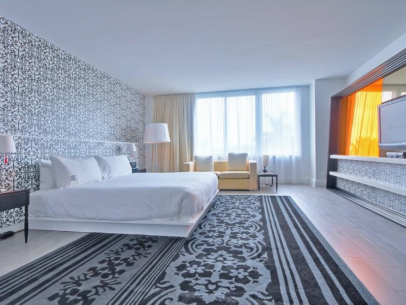 Condominium for Sale at 1100 W Ave Unit 615 1100 W Ave # 615 Miami Beach, Florida 33131 United States