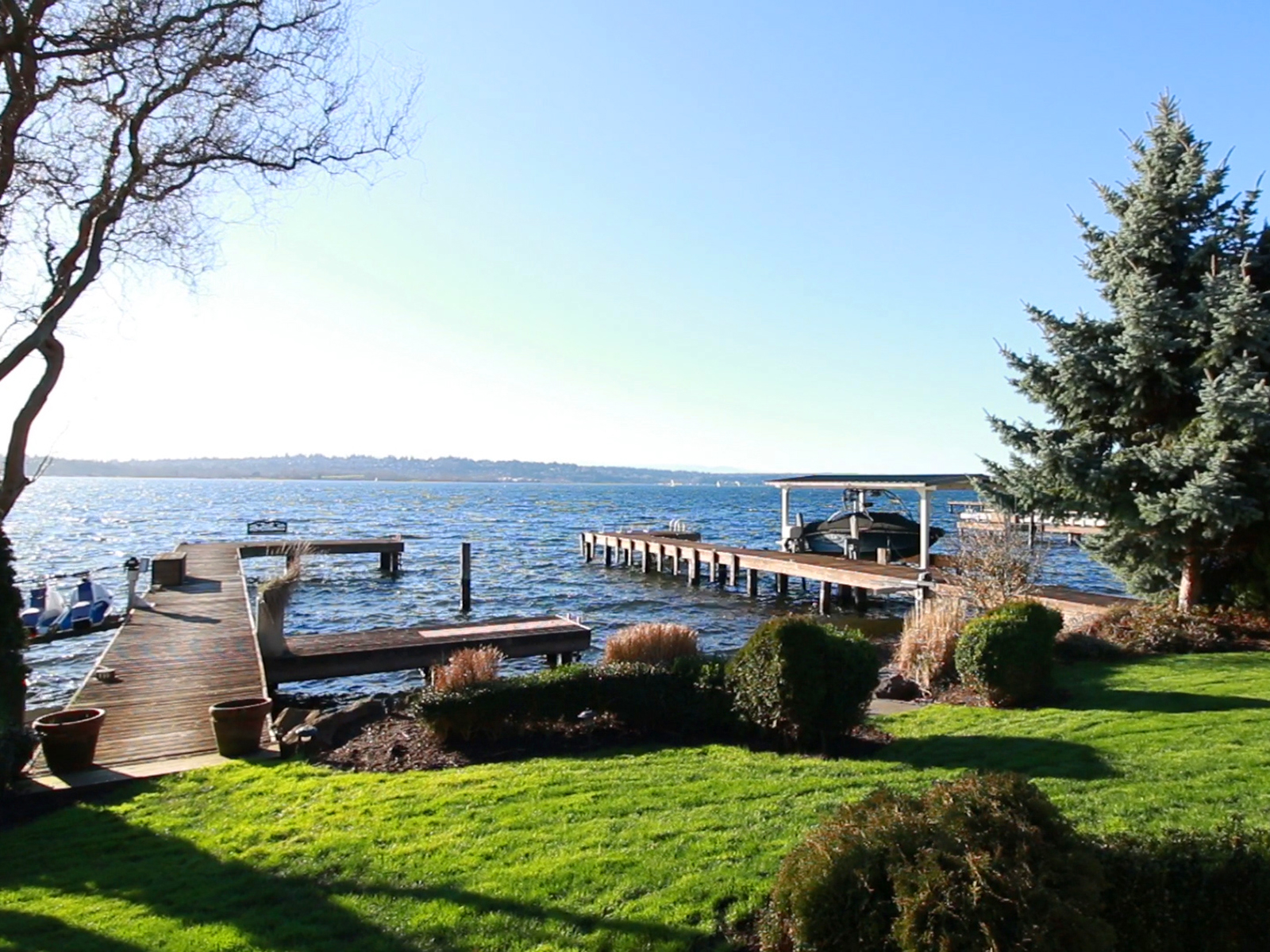 Vivienda unifamiliar por un Venta en Rare Kirkland Waterfront Opportunity 511 5th Ave W Kirkland, Washington 98033 Estados Unidos