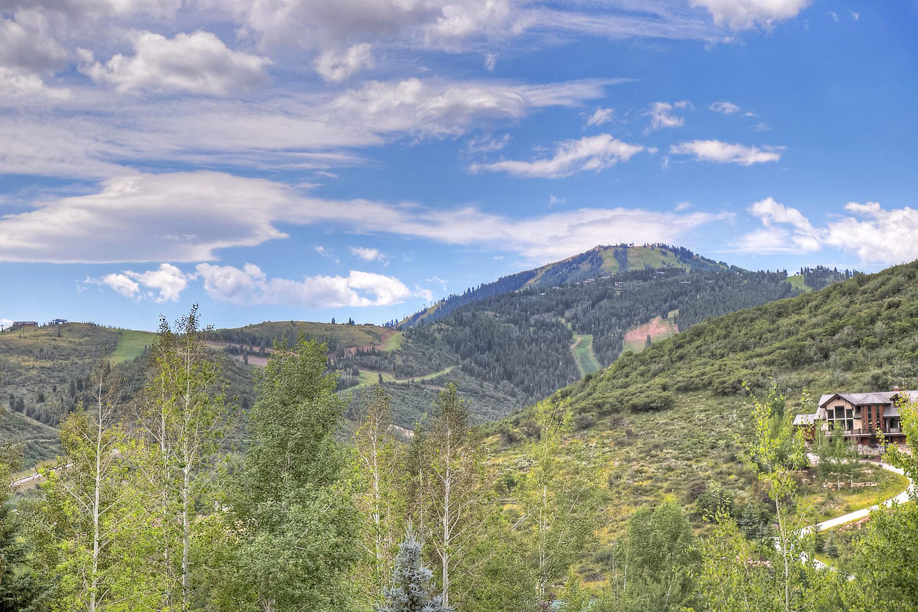 Maison unifamiliale pour l Vente à Brand New Construction in Lower Deer Valley 3200 Thistle St #99 Park City, Utah 84060 États-Unis