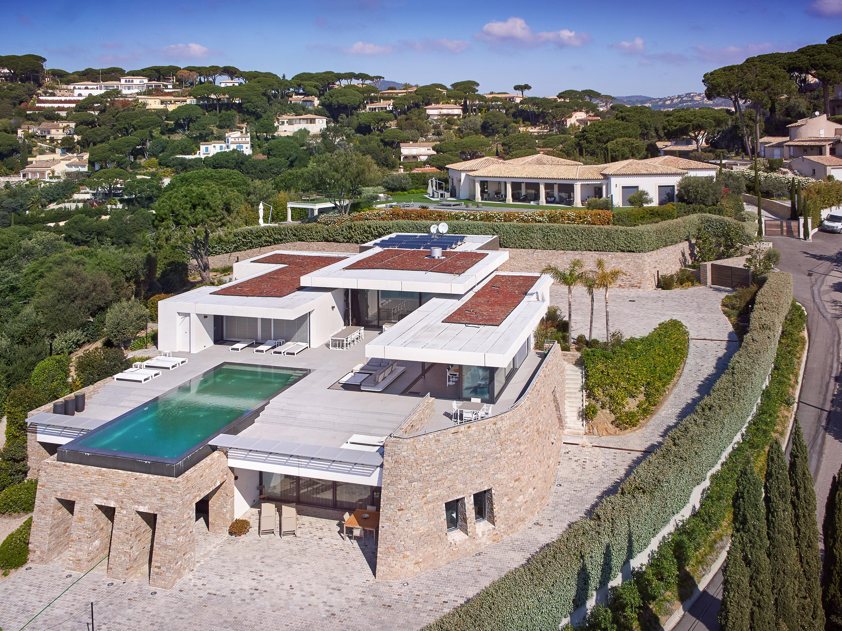 Maison unifamiliale pour l Vente à Joint sole agent. Luxurious contemporary property with panoramic sea views Saint Maxime Other Provence-Alpes-Cote D'Azur, Provence-Alpes-Cote D'Azur 83120 France