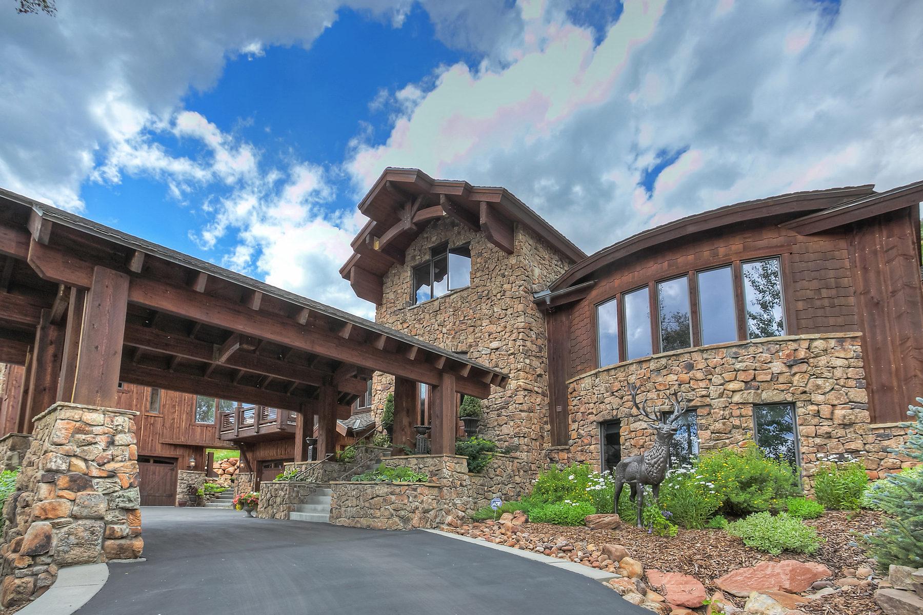 Maison unifamiliale pour l Vente à Extraordinary Mountain Design 4820 Bear View Dr Park City, Utah 84098 États-Unis