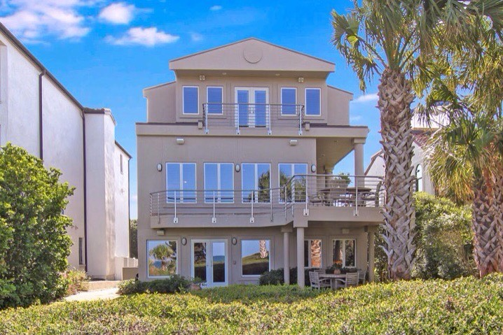 Casa Unifamiliar por un Venta en 2297 Oceanside Ct Atlantic Beach, Florida, 32233 Estados Unidos