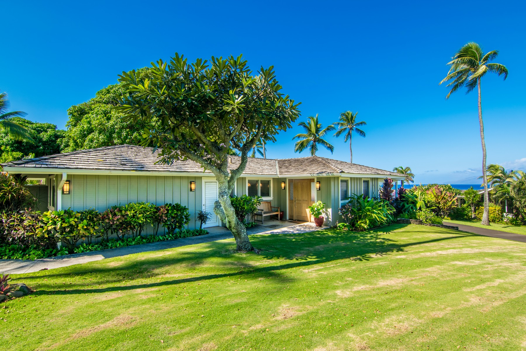 Property For Sale at Emmy Award Winner's Maui Vacation Home