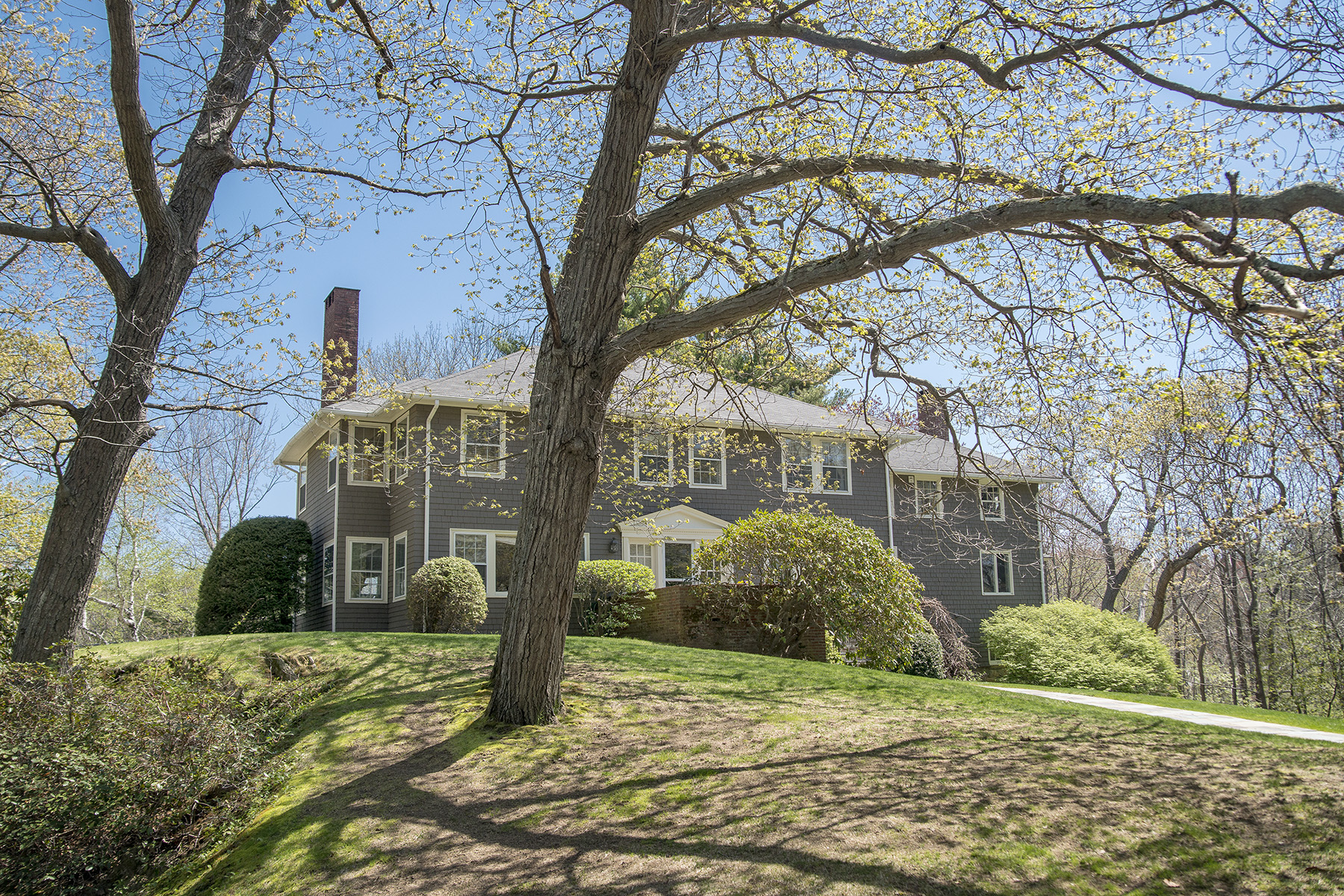 Single Family Home for Sale at 997 & 999 Shore Road 997 & 999 Shore Rd Cape Elizabeth, Maine 04107 United States