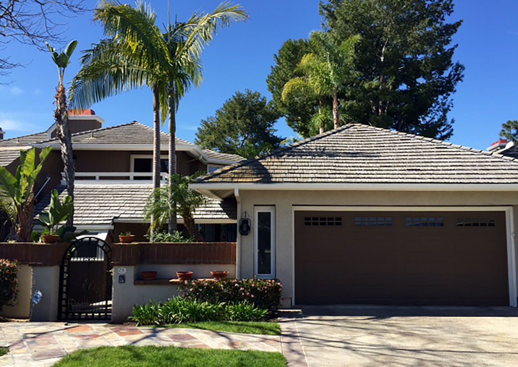 Condominio por un Venta en 21 Coventry #14 Newport Beach, California 92660 Estados Unidos