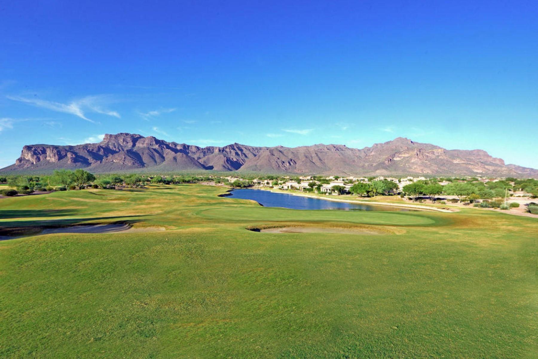 Terreno para Venda às Build-ready level lot with big views of the Superstitions 3605 S Ponderosa DR #18 Gold Canyon, Arizona 85118 Estados Unidos