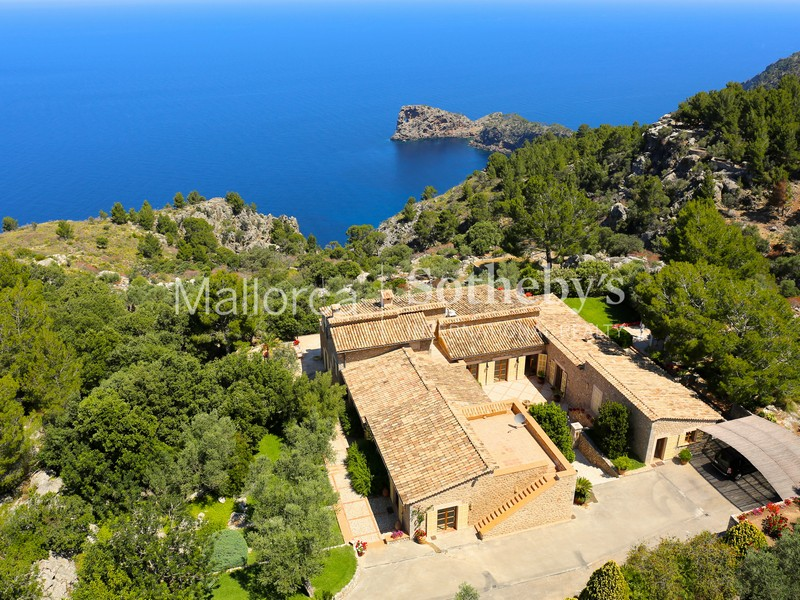 多戶家庭房屋 為 出售 在 House on the coast of Deia overlooking Sa Foradada Valldemossa, 馬婁卡 07170 西班牙