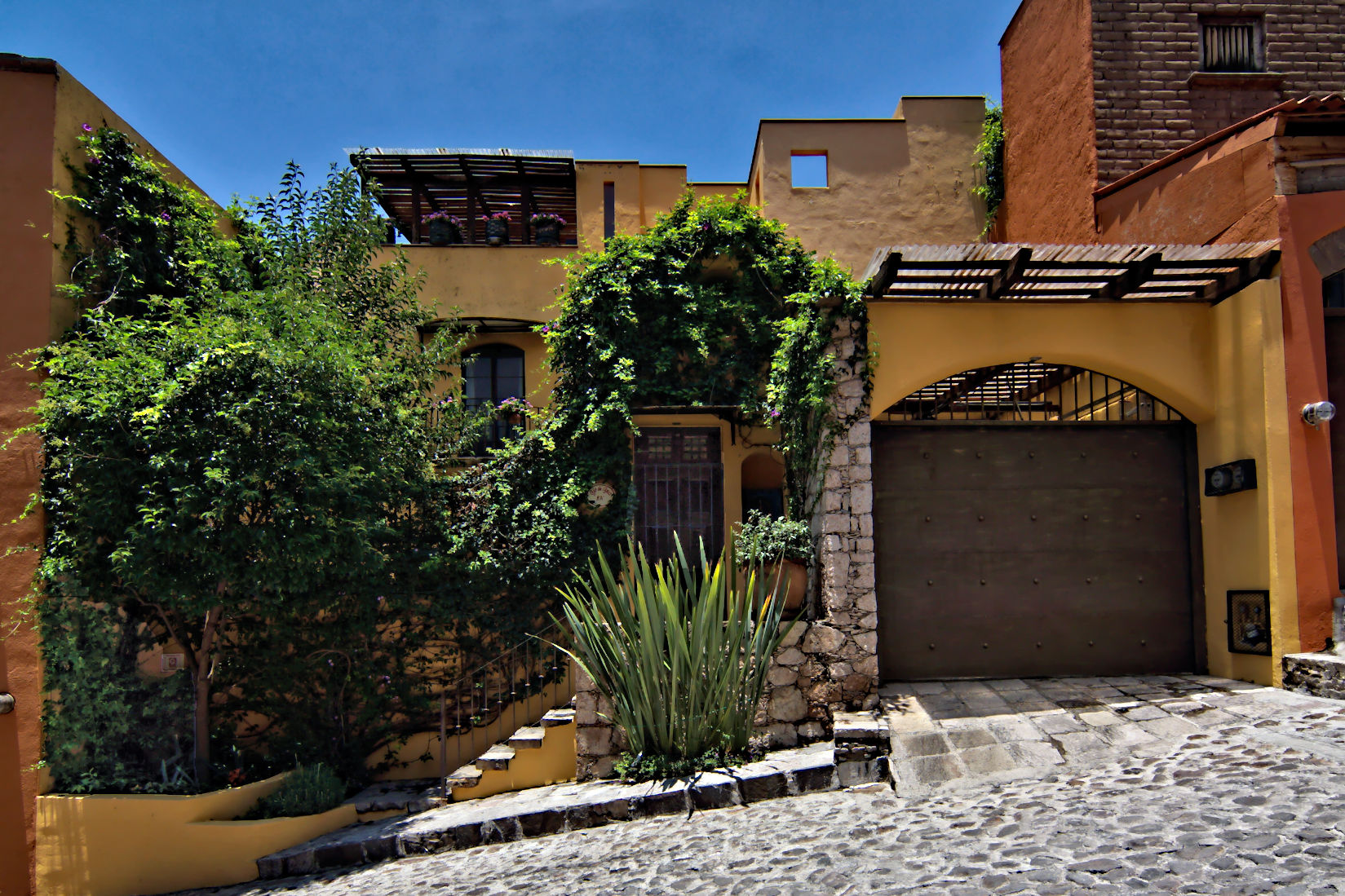 Single Family Home for Sale at CASA AMARILLO Ojo De Agua, San Miguel De Allende, Guanajuato Mexico