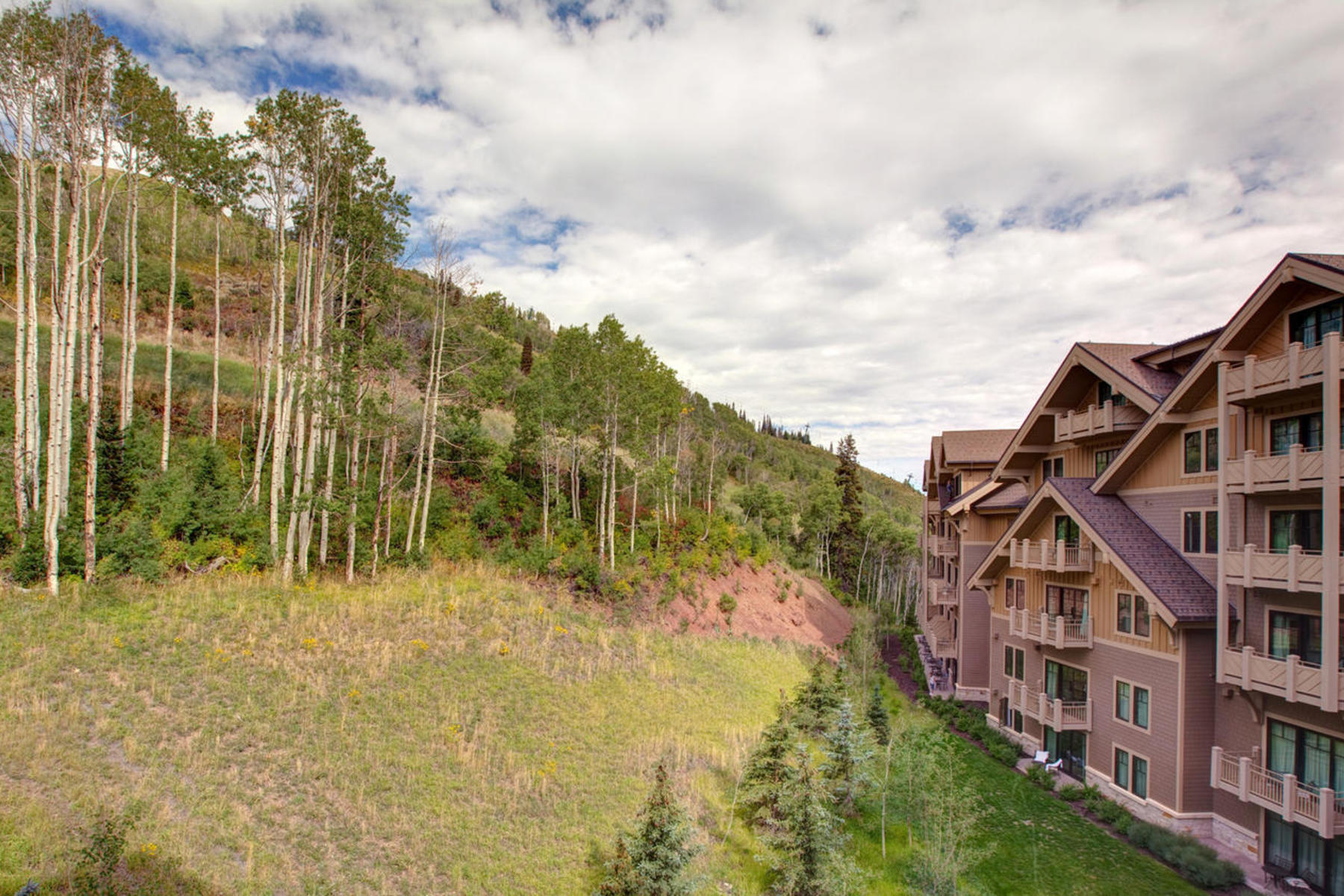Piso por un Venta en Montage Residences at Deer Valley 9100 Marsac Ave #933935 Park City, Utah, 84060 Estados Unidos