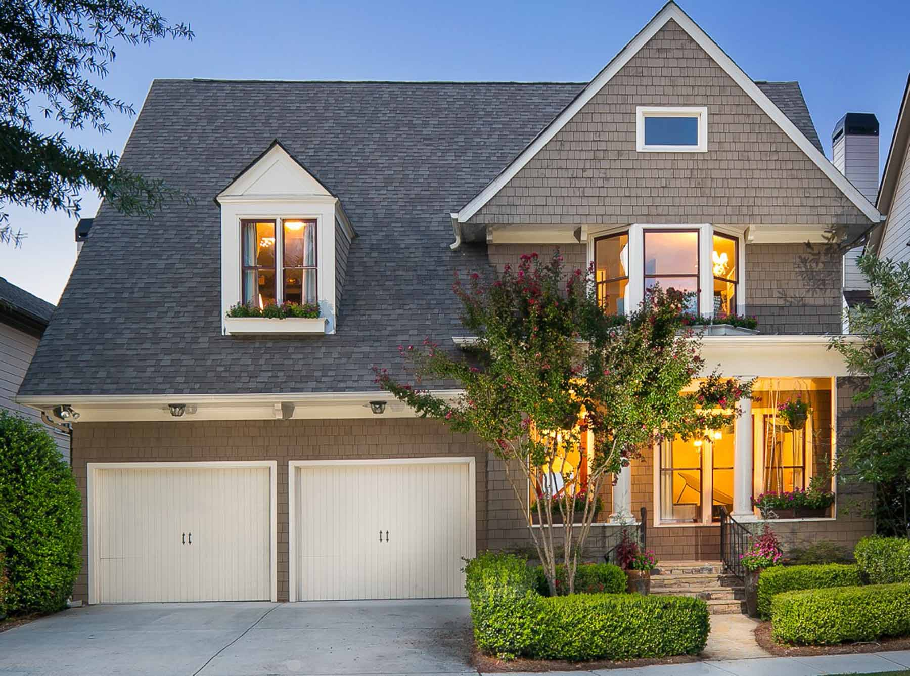 Nhà ở một gia đình vì Bán tại Classic Home in Roswell 515 Willow Oak Way Roswell, Georgia, 30076 Hoa Kỳ