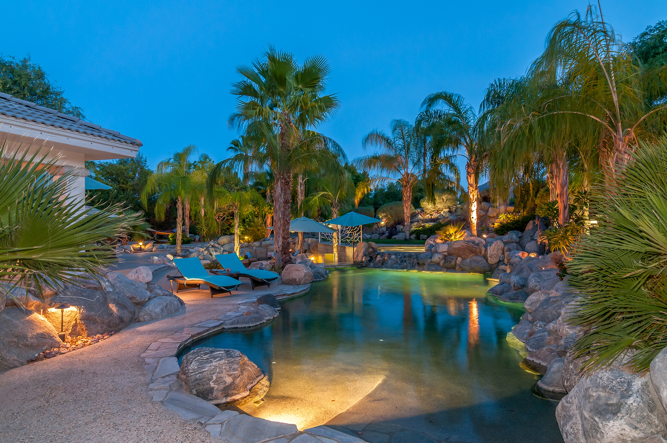 Single Family Home for Sale at 77545 Robin Road Palm Desert, California 92211 United States