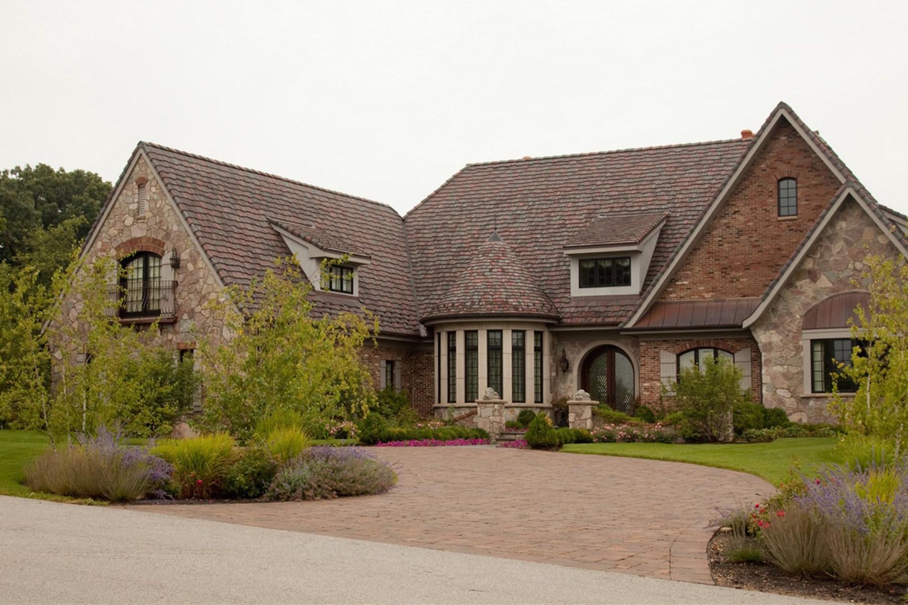 단독 가정 주택 용 매매 에 1301 Ridgemoor Trail Bull Valley, 일리노이즈 60098 미국