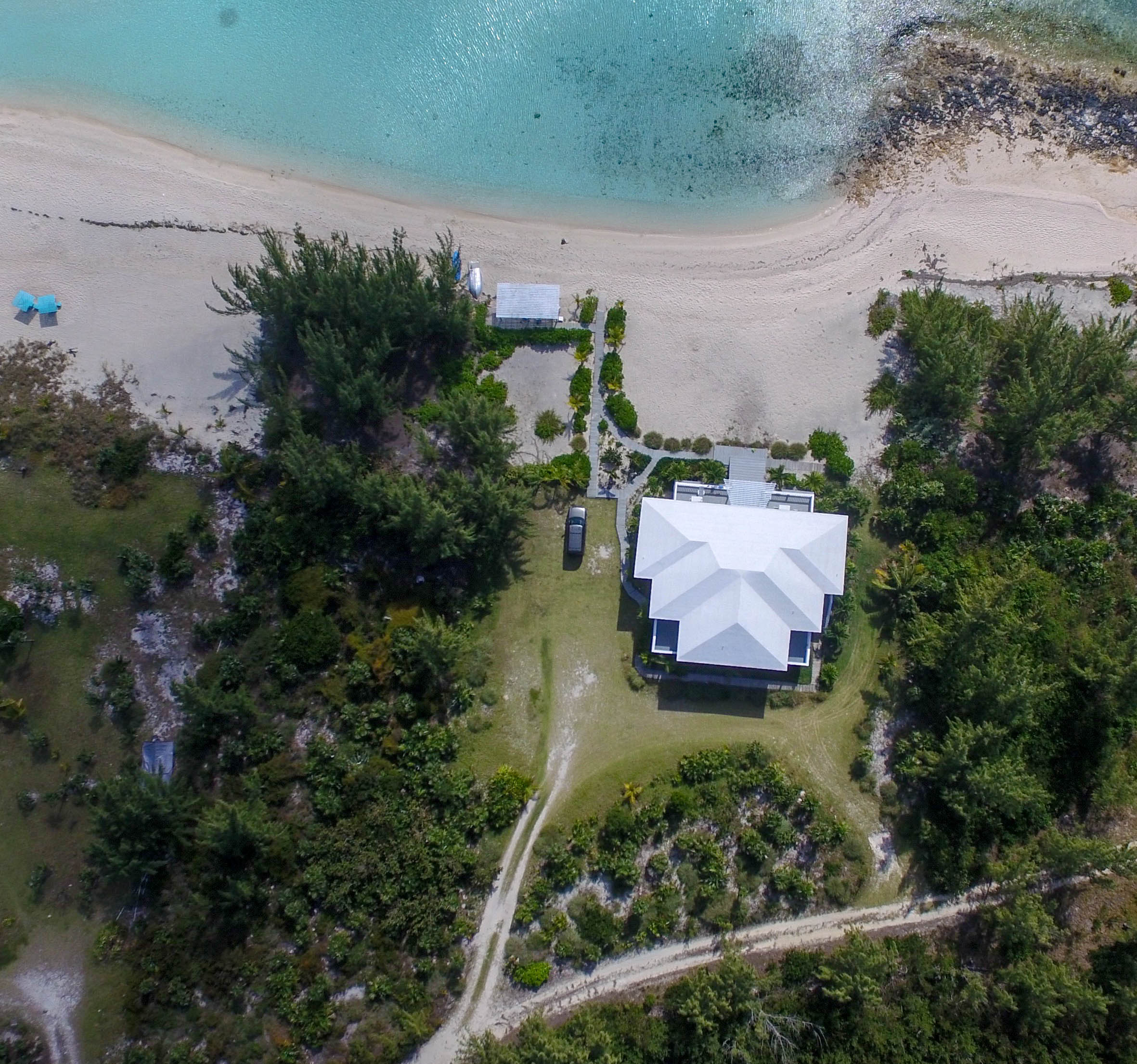 Additional photo for property listing at A Beach House for an Incomparable Island Lifestyle. Gregory Town, Eleuthera Bahamas