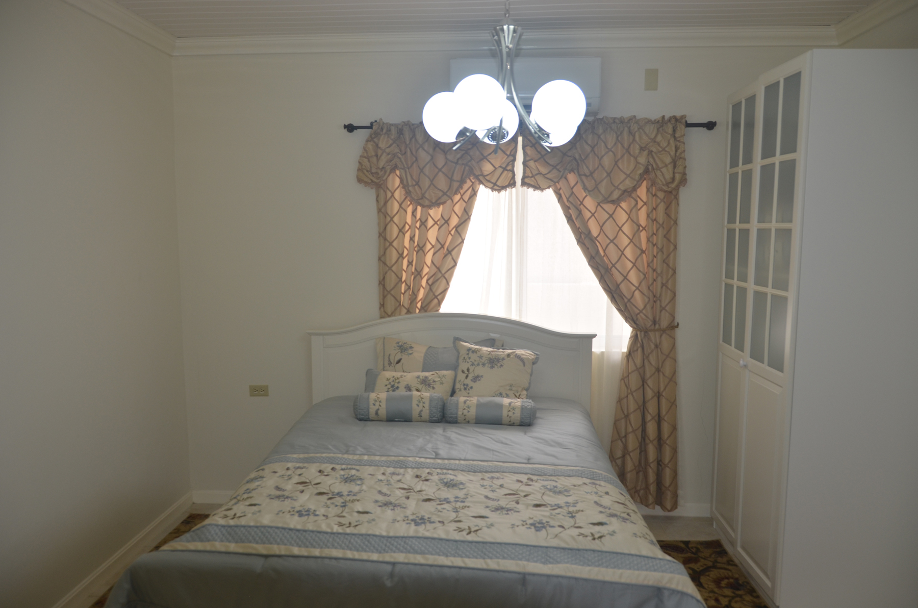 Additional photo for property listing at On level Villa infront of the Caribbean Ocean Other Aruba, Cities In Aruba Aruba