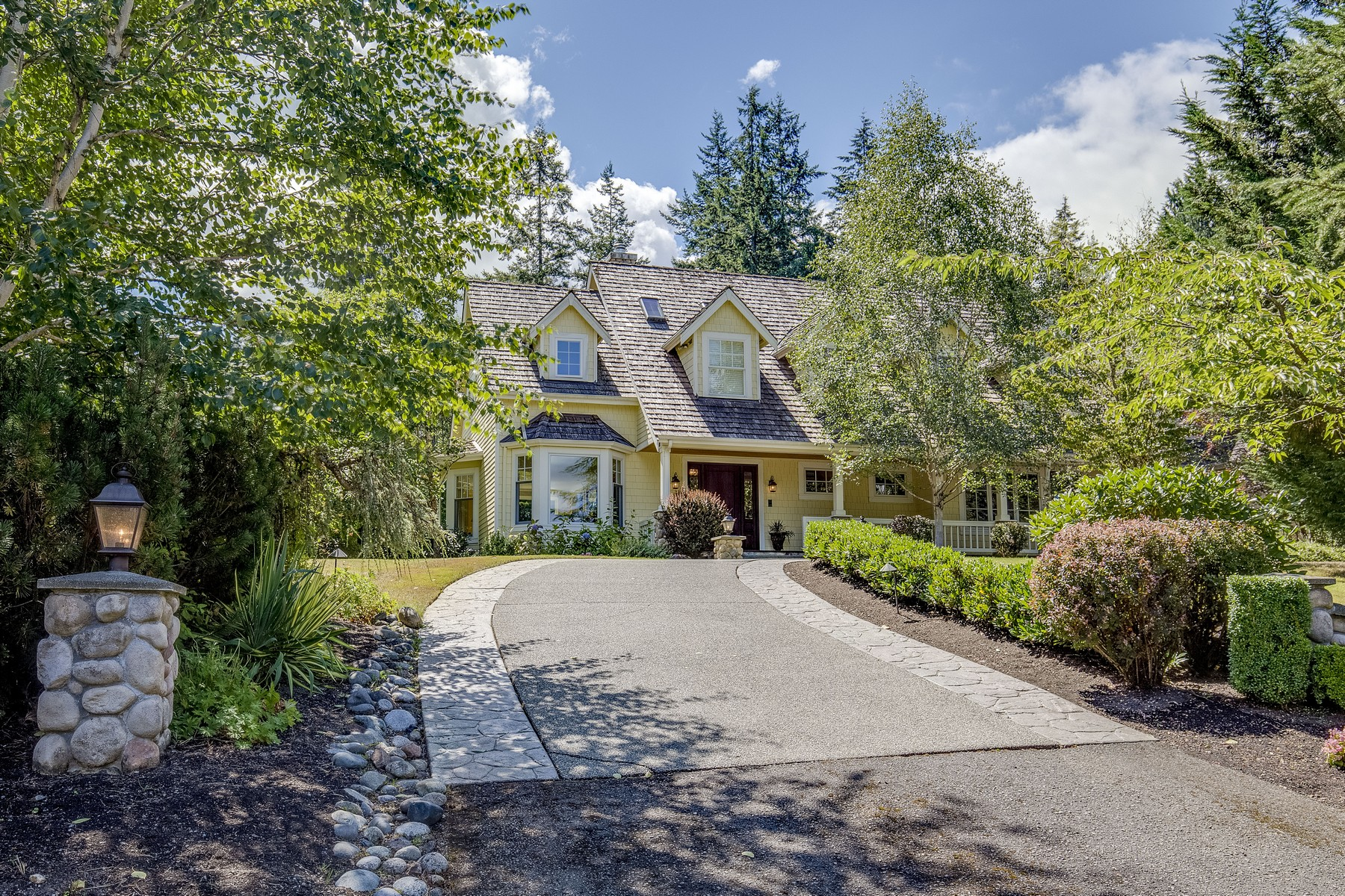 Single Family Home for Sale at A Wine Country Estate: Summerwood 22033 NE 137th St Woodinville, Washington 98077 United States