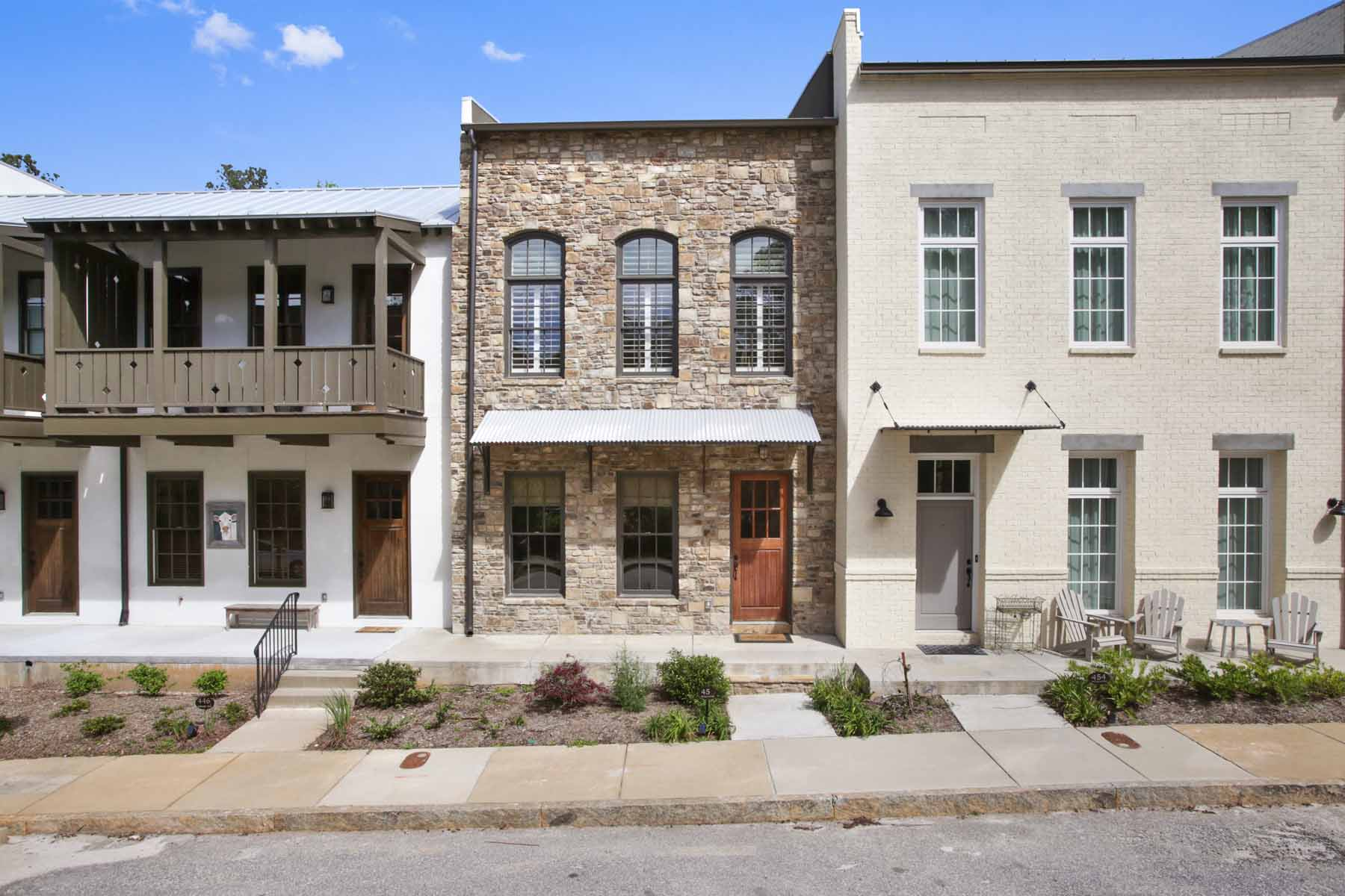 Adosado por un Venta en Townhouse in the Middle of the Award-Winning Serenbe Community 450 Selborne Way Chattahoochee Hills, Georgia, 30268 Estados Unidos