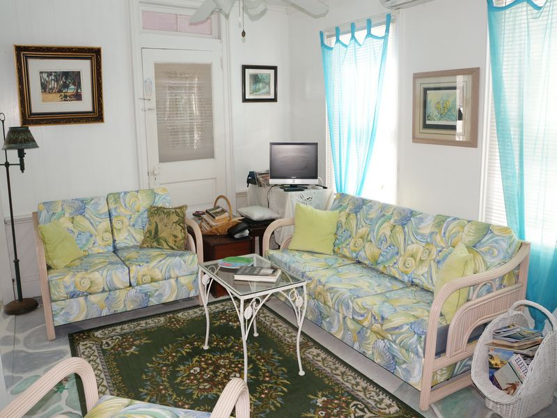 Additional photo for property listing at Sandstar Cottage Current, Eleuthera Bahamas