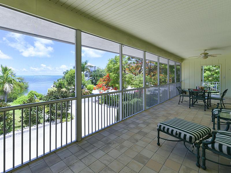 Villa per Vendita alle ore Private Setting 151 S Rolling Hill Road Plantation Key, Florida 33070 Stati Uniti