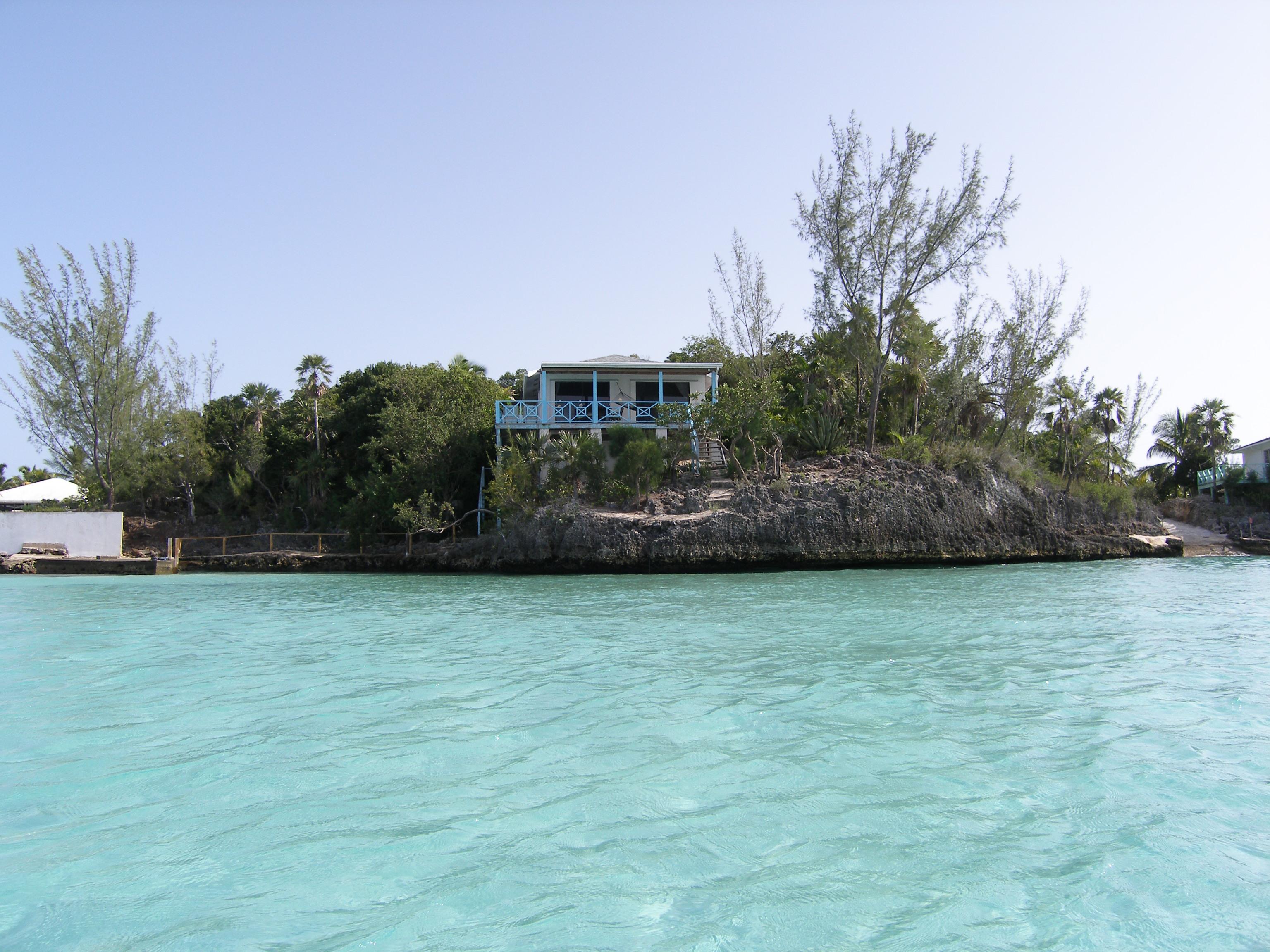 Maison unifamiliale pour l Vente à Bahama Villa- Ten Bay Savannah Sound, Eleuthera Bahamas