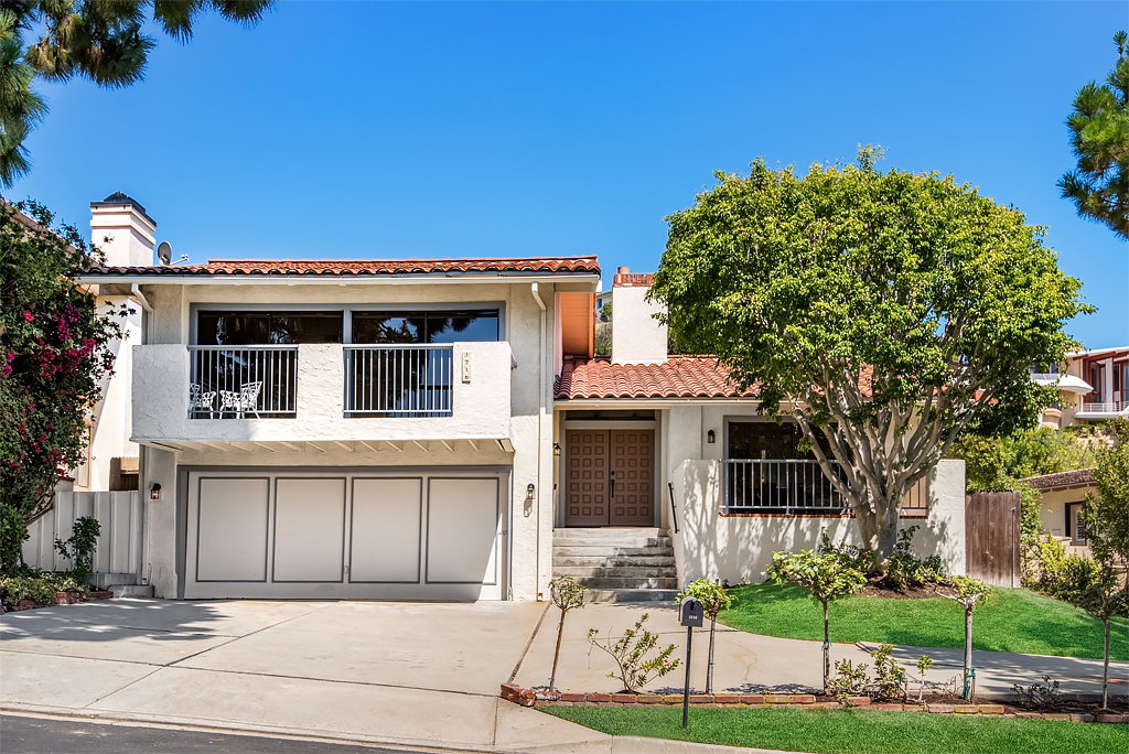 Single Family Home for Sale at 1716 Via Zurita Palos Verdes Estates, California, 90274 United States
