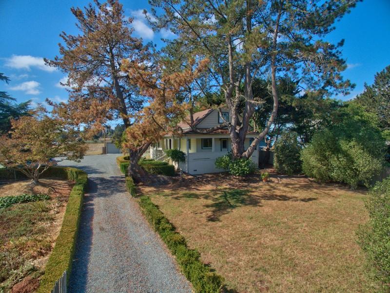 Tek Ailelik Ev için Satış at 9097 Old Redwood Highway Cotati, Kaliforniya 94931 Amerika Birleşik Devletleri