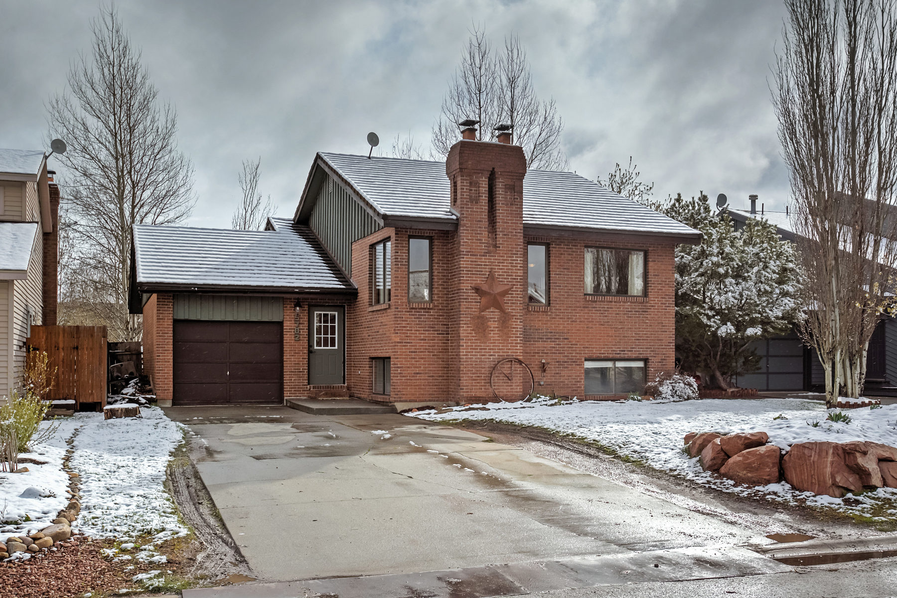 sales property at Charming Home in Silver Summit