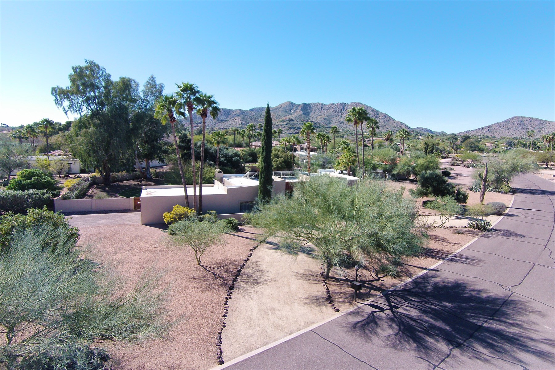 Terreno por un Venta en One Acre View Property in Paradise Valley 5249 E Orchid Lane #9 Paradise Valley, Arizona 85253 Estados Unidos