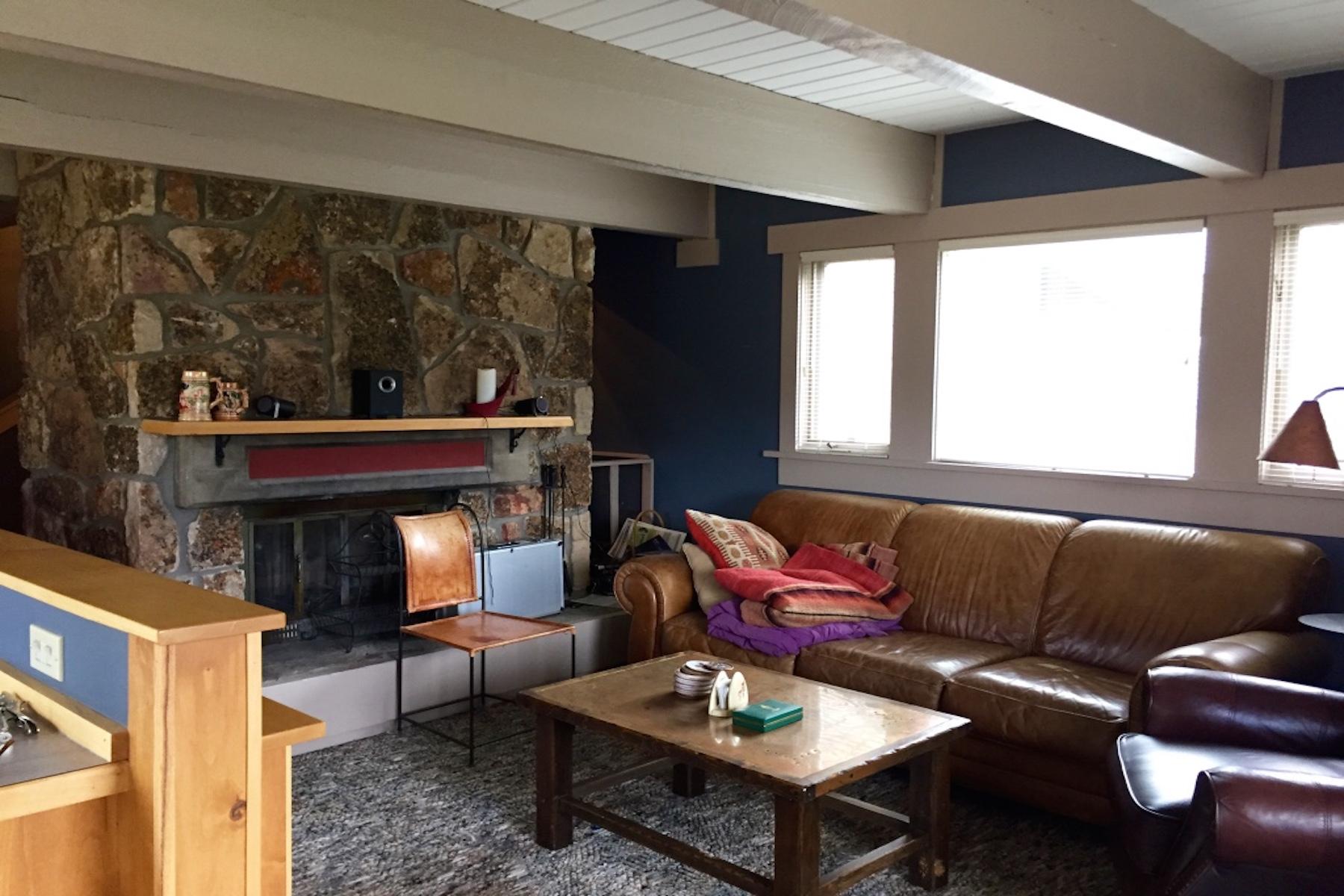 Appartement en copropriété pour l Vente à Silverbow Unit 30 2225 Black Otter, Unit 30 Silverbow 30 Big Sky, Montana 59716 États-Unis