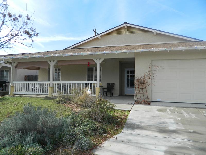 Casa Unifamiliar por un Venta en Great Floor Plan 1675 Aldo Way San Miguel, California 93451 Estados Unidos