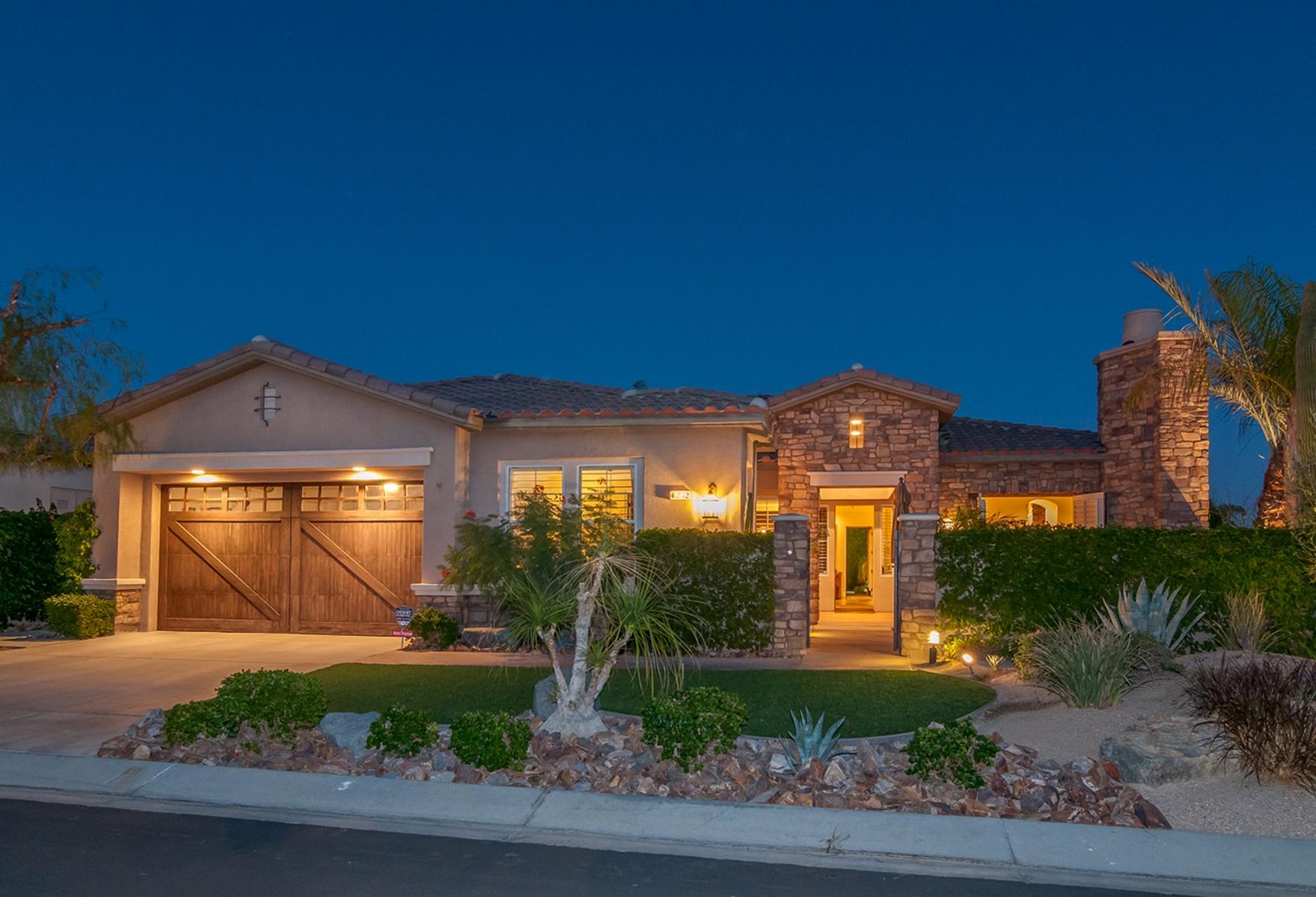 独户住宅 为 销售 在 41842 Via Treviso Palm Desert, 加利福尼亚州 92260 美国