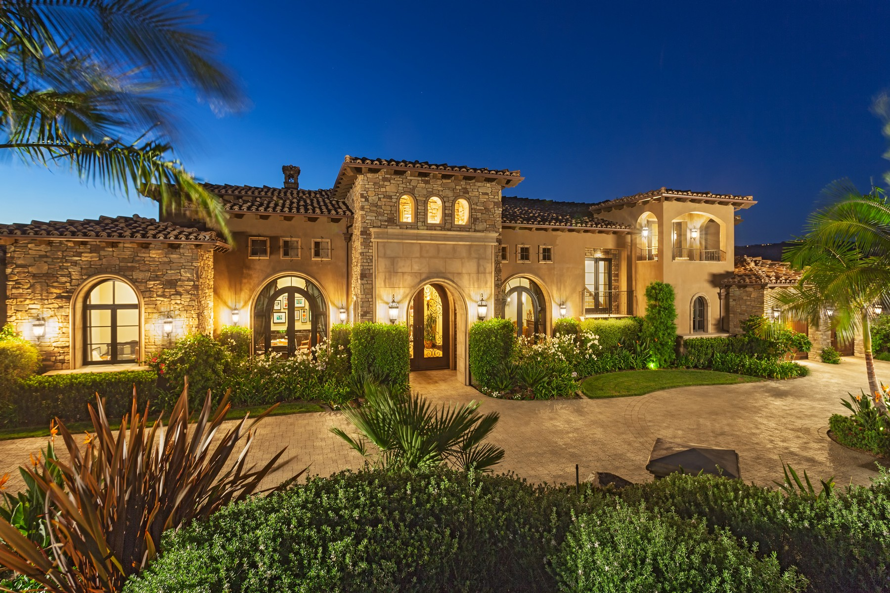 Villa per Vendita alle ore 7676 Top O the Morning Way San Diego, California 92127 Stati Uniti