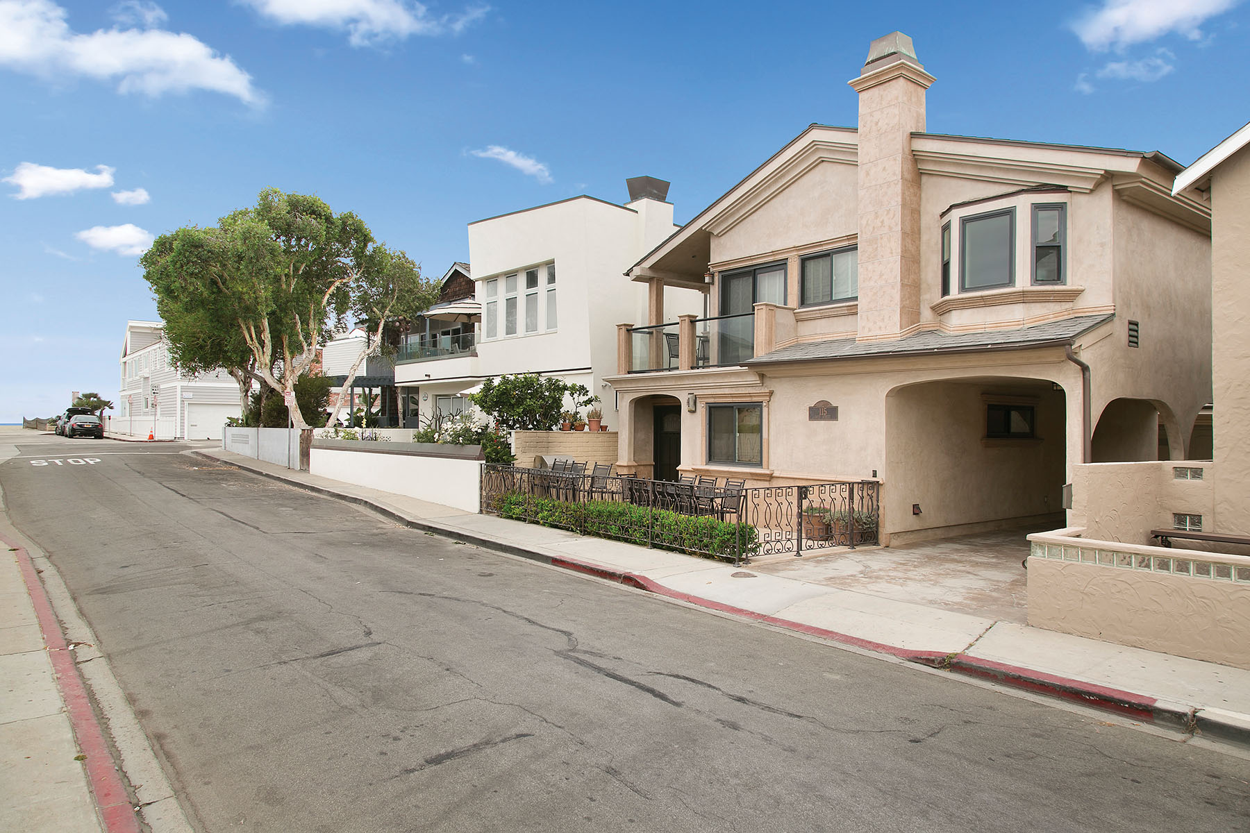 Single Family Home for Sale at 115 39th Street Newport Beach, California 92663 United States