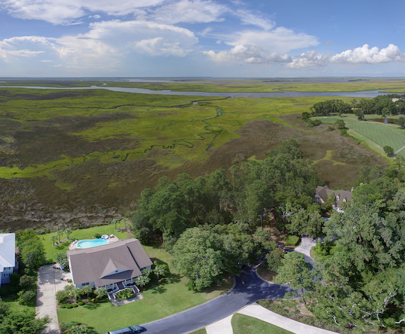 sales property at Marsh front Hampton Plantation