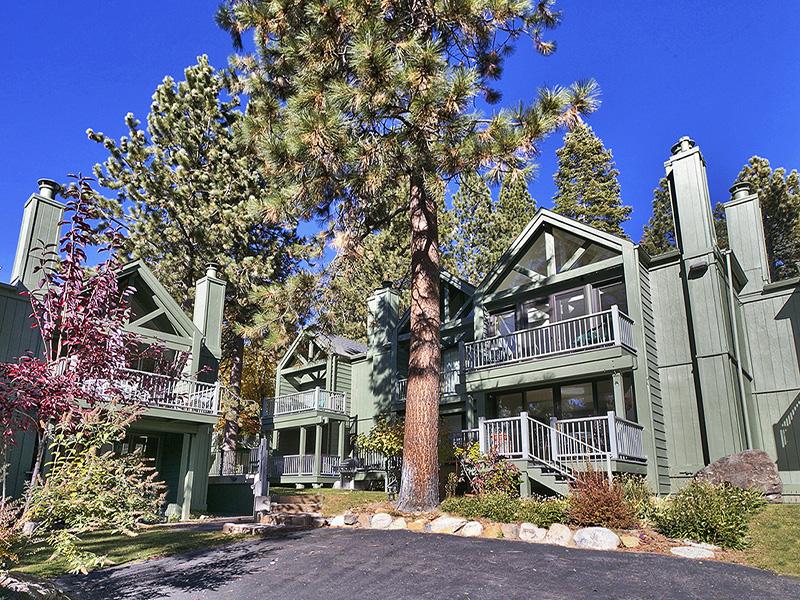 Condominio per Vendita alle ore 999 Lakeshore Blvd #31 Incline Village, Nevada 89451 Stati Uniti