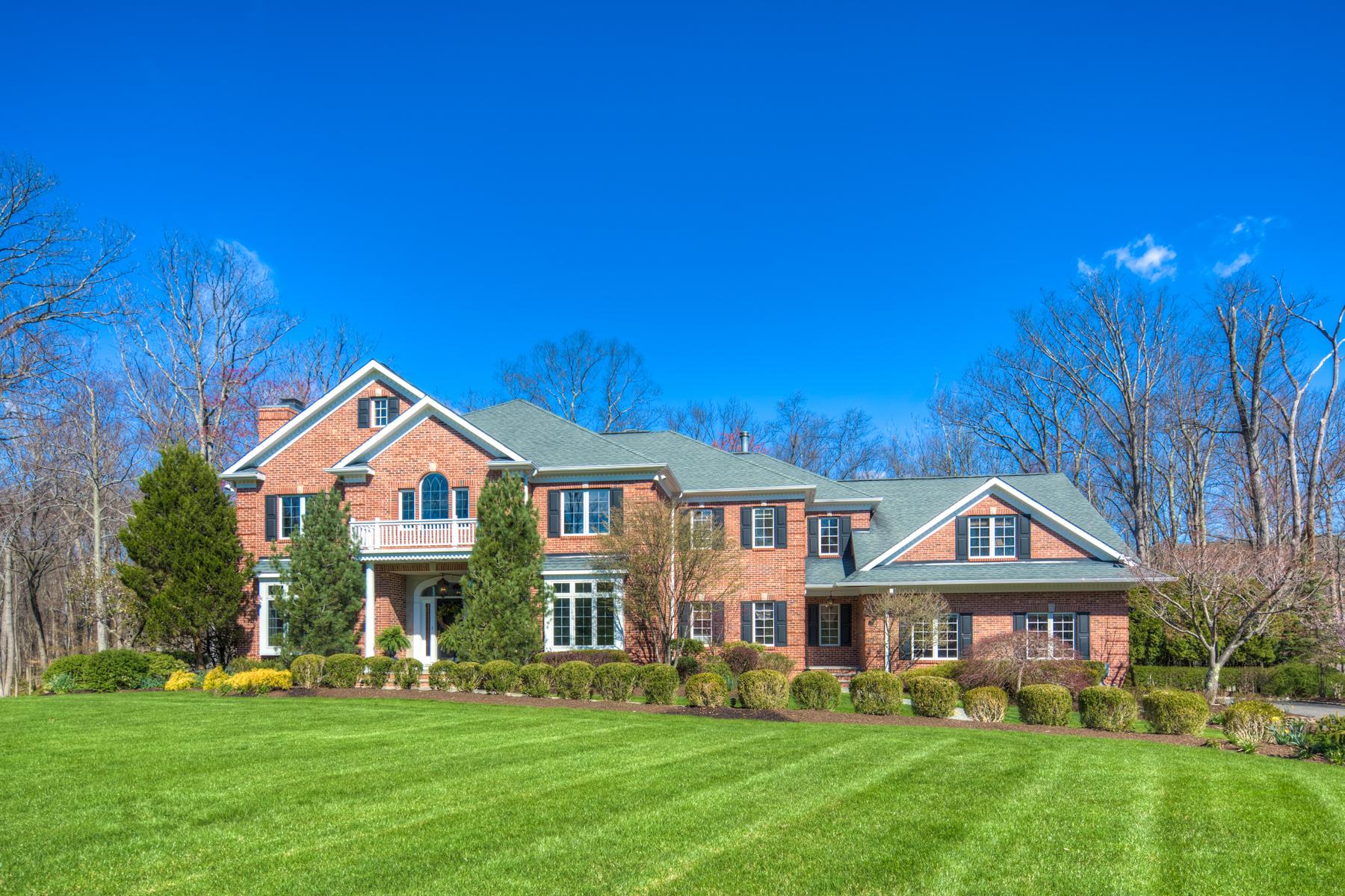 独户住宅 为 销售 在 Elegant Custom Colonial 5 Melrose Lane 门德汉姆, 新泽西州, 07945 美国