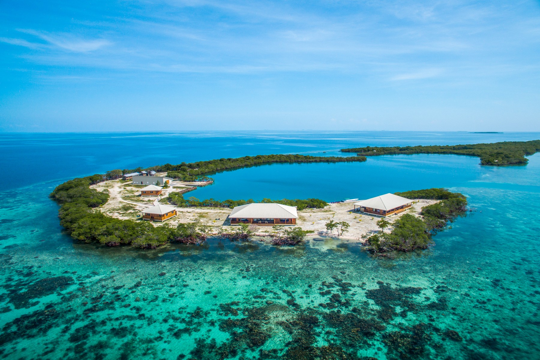Özel Ada için Satış at North Saddle Caye, a fully developed private island Placencia, Stann Creek, Belize
