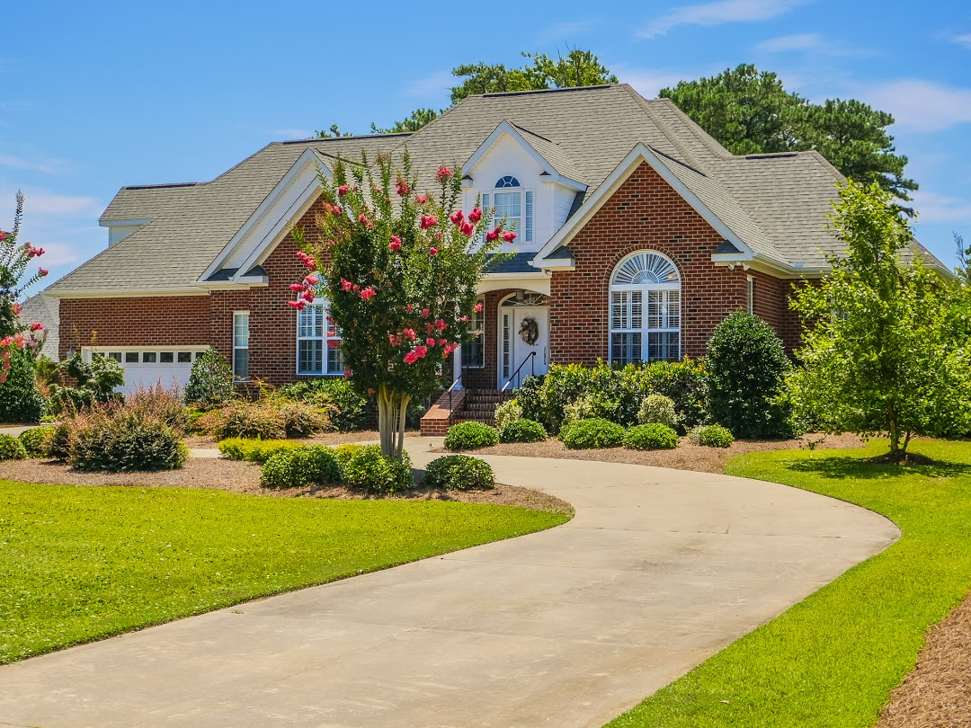 Single Family Home for Sale at Custom Built Masterpiece in Spooner's Creek 108 S Spooners Street Morehead City, North Carolina, 28557 United States