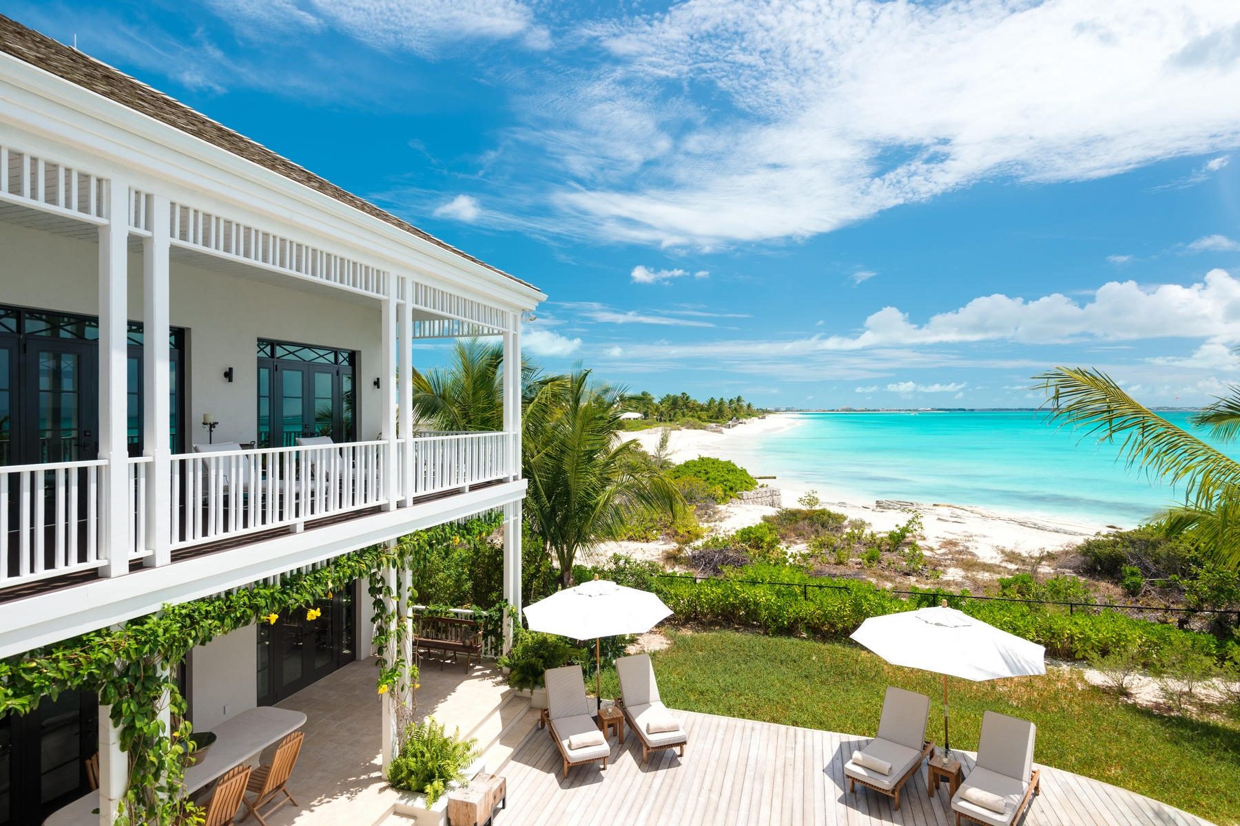 Additional photo for property listing at Saving Grace   Vacation Rental Beachfront Grace Bay, Providenciales TC Îles Turques Et Caïques