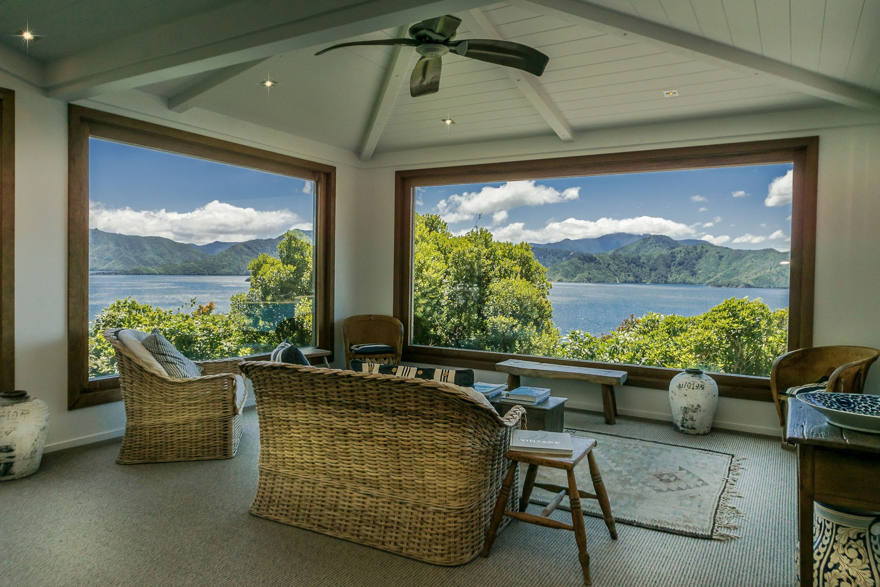 용 매매 에 Karaka Point 300 Port Underwood Road Queen Charlotte Sound Marlborough Sounds, 말버러, 7281 뉴질랜드