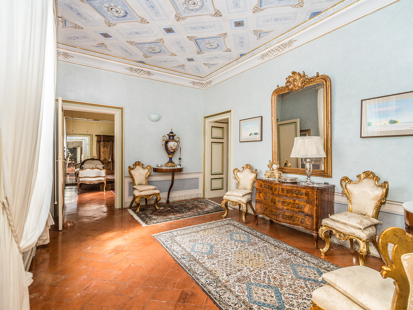 Additional photo for property listing at Domaine historique avec parc privé en  Franciacorta Brescia Brescia, Brescia 25136 Italie