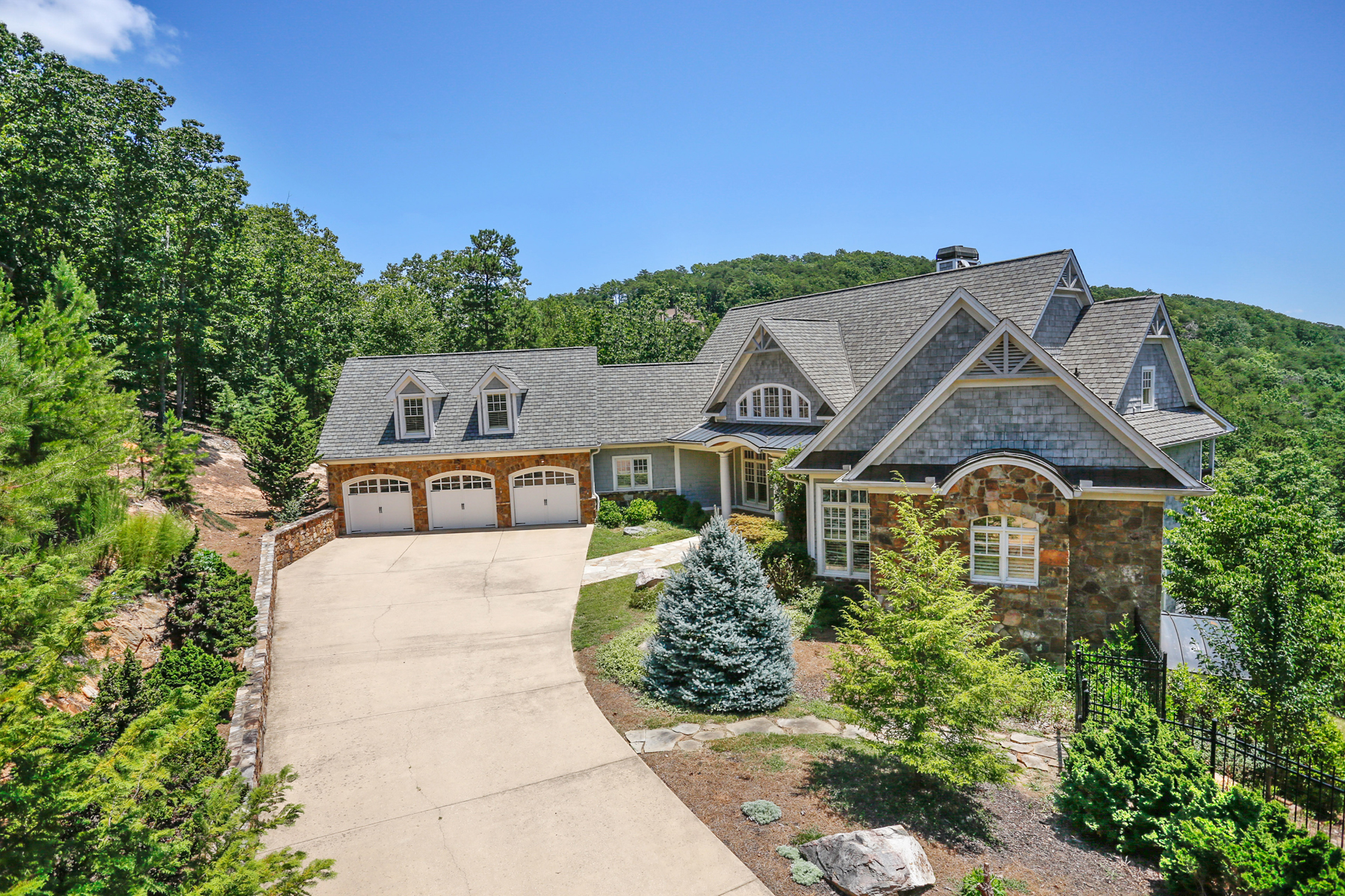 Additional photo for property listing at Red Top Mountain Show Stopper 17 Signal Mountain Drive Cartersville, Georgien 30121 Usa
