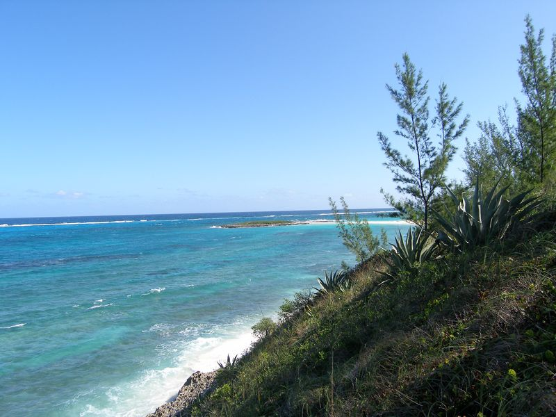 Land für Verkauf beim Waterfront Lot with Amazing Views Governors Harbour, Eleuthera Bahamas