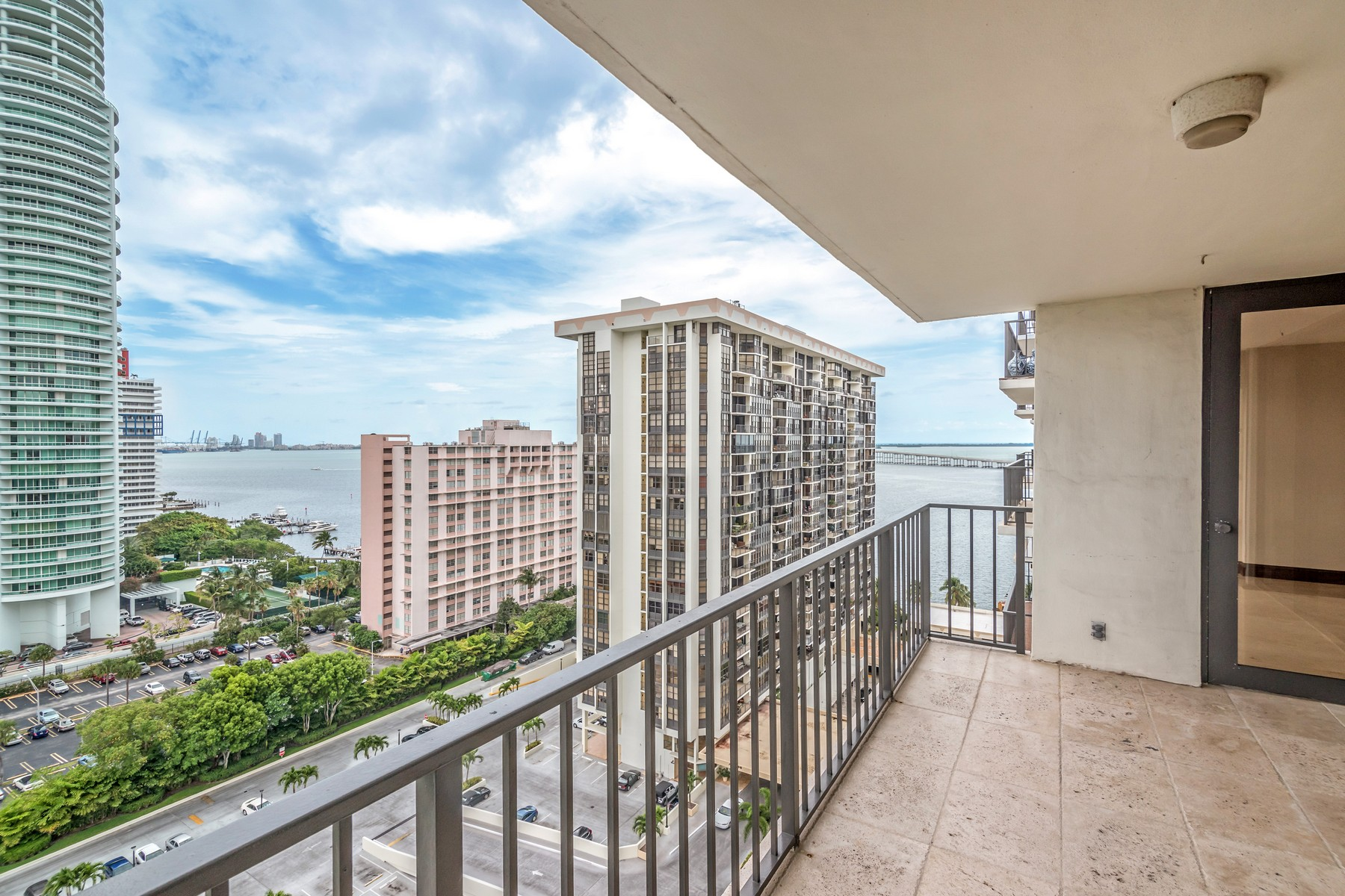 Condominium for Sale at 1901 Brickell Ave #B1809 1901 Brickell Ave B-1809 Miami, Florida 33129 United States