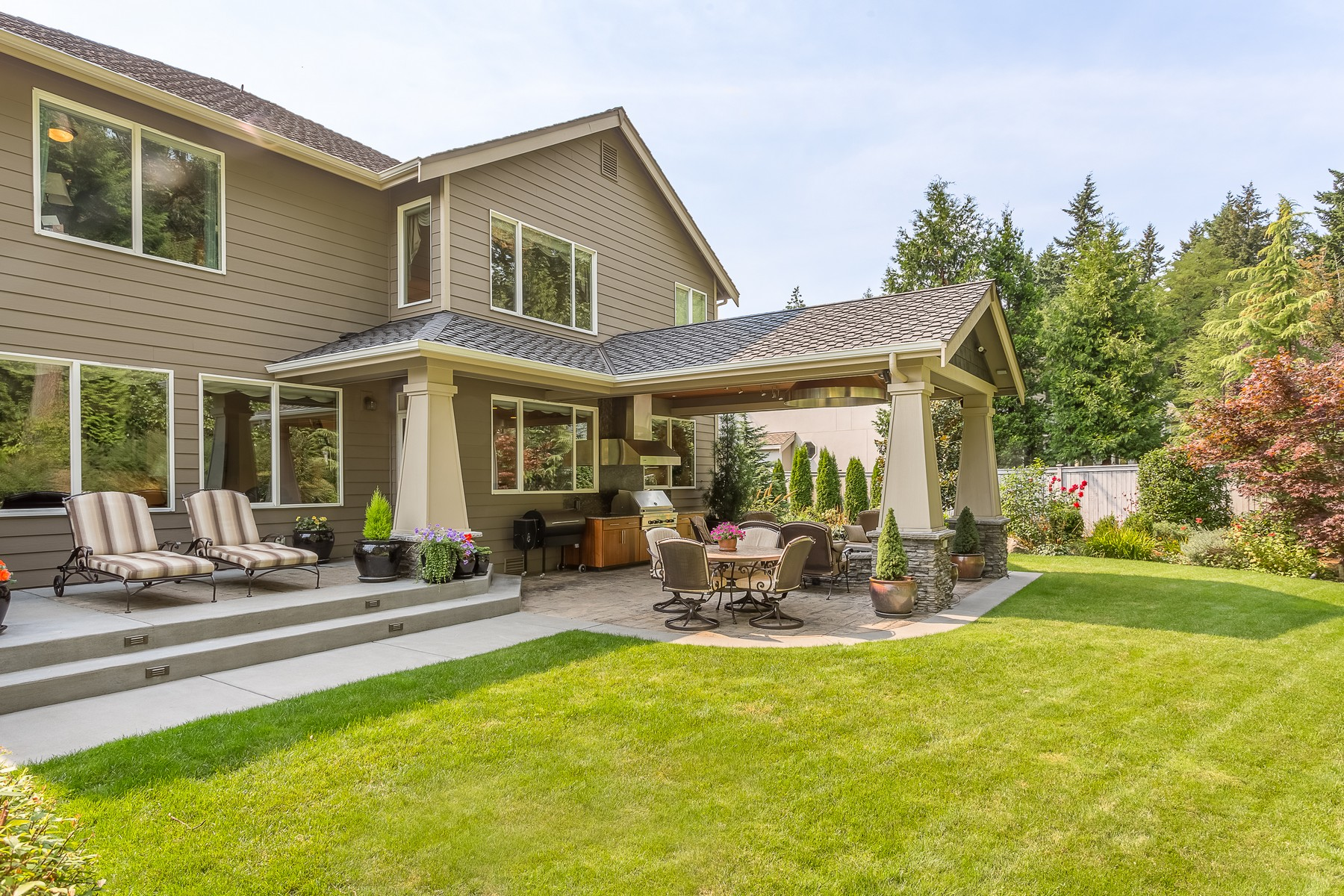 Single Family Home for Sale at Elegant Burnstead in Newcastle 14306 SE 87th Place Newcastle, Washington 98059 United States