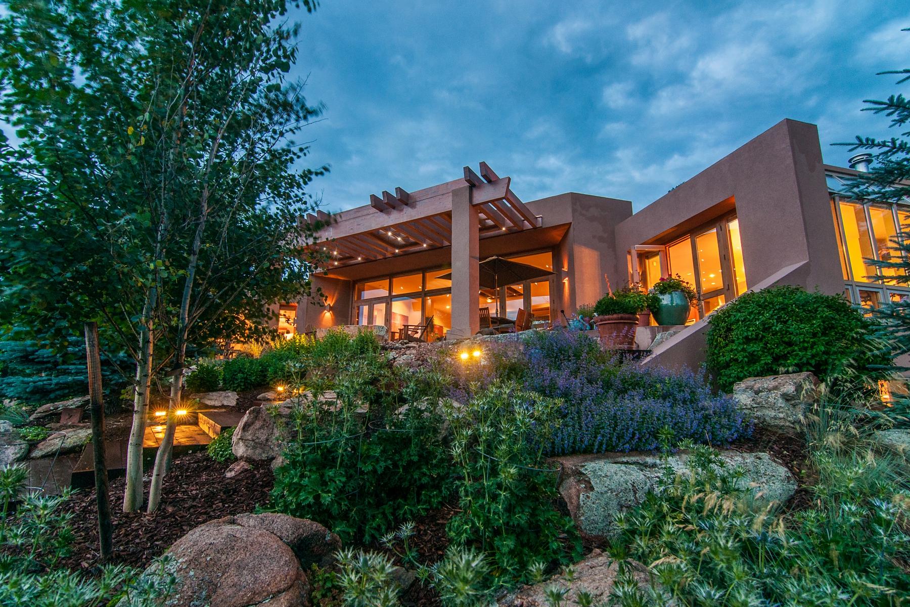 独户住宅 为 销售 在 Custom Mountain Modern Home 630 Sundown Lane Evergreen, 科罗拉多州 80439 美国