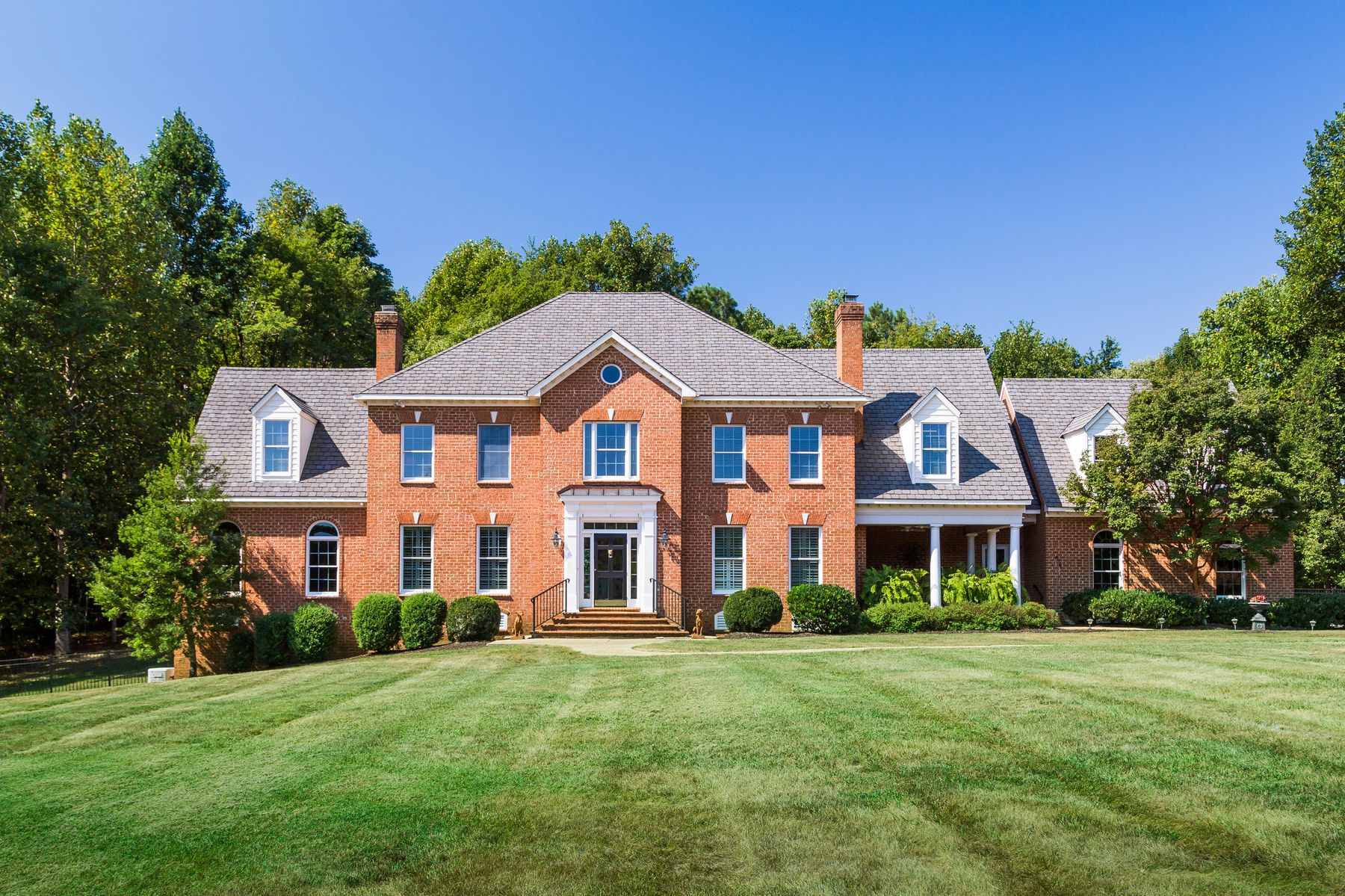 Single Family Home for Sale at Deerview 1559 South Ponds Trail Crozier, Virginia 23039 United StatesIn/Around: Charlottesville