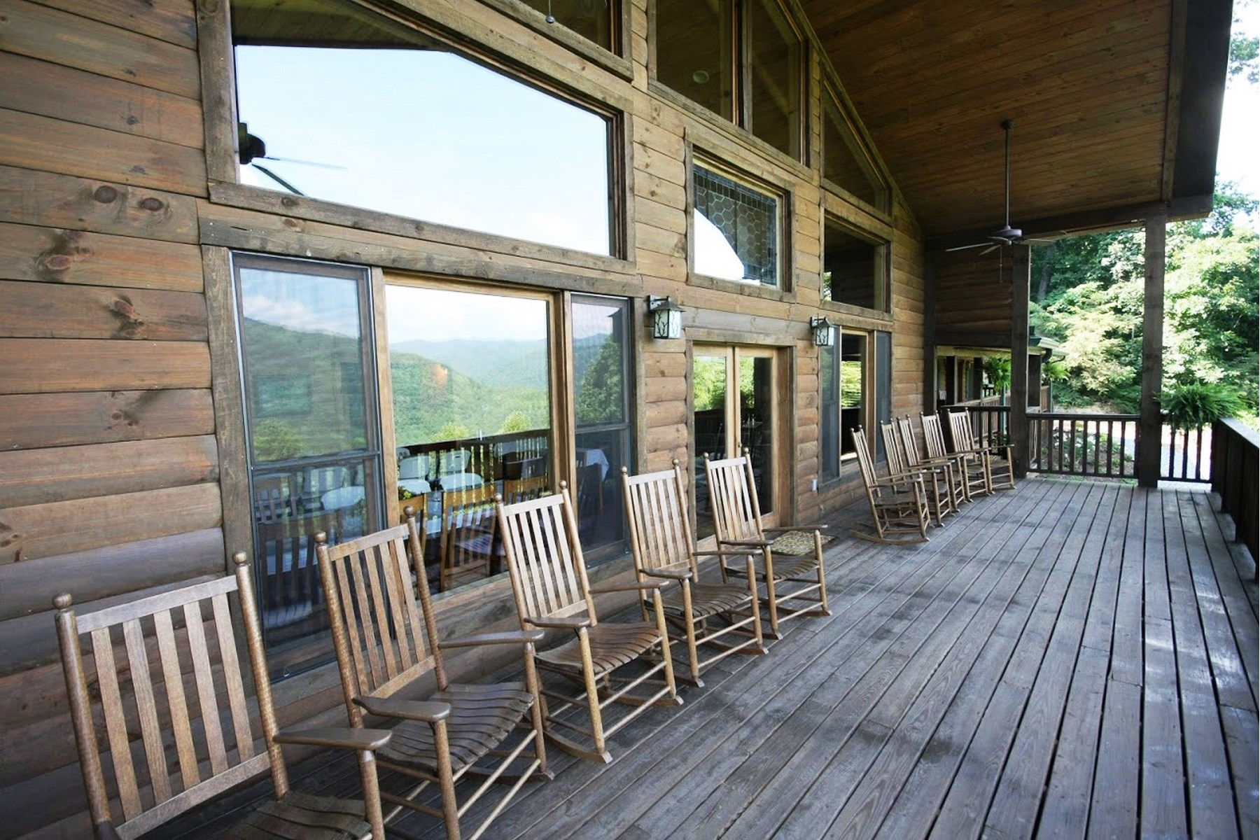 Other Residential for Sale at 750 Bee Branch Road Bryson City, North Carolina, 28713 United States
