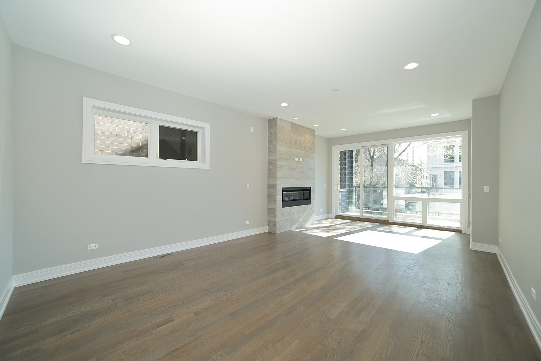 Duplex vì Bán tại New Construction With Great Curb Appeal 1110 N Marshfield Avenue Unit 1 West Town, Chicago, Illinois 60622 Hoa Kỳ